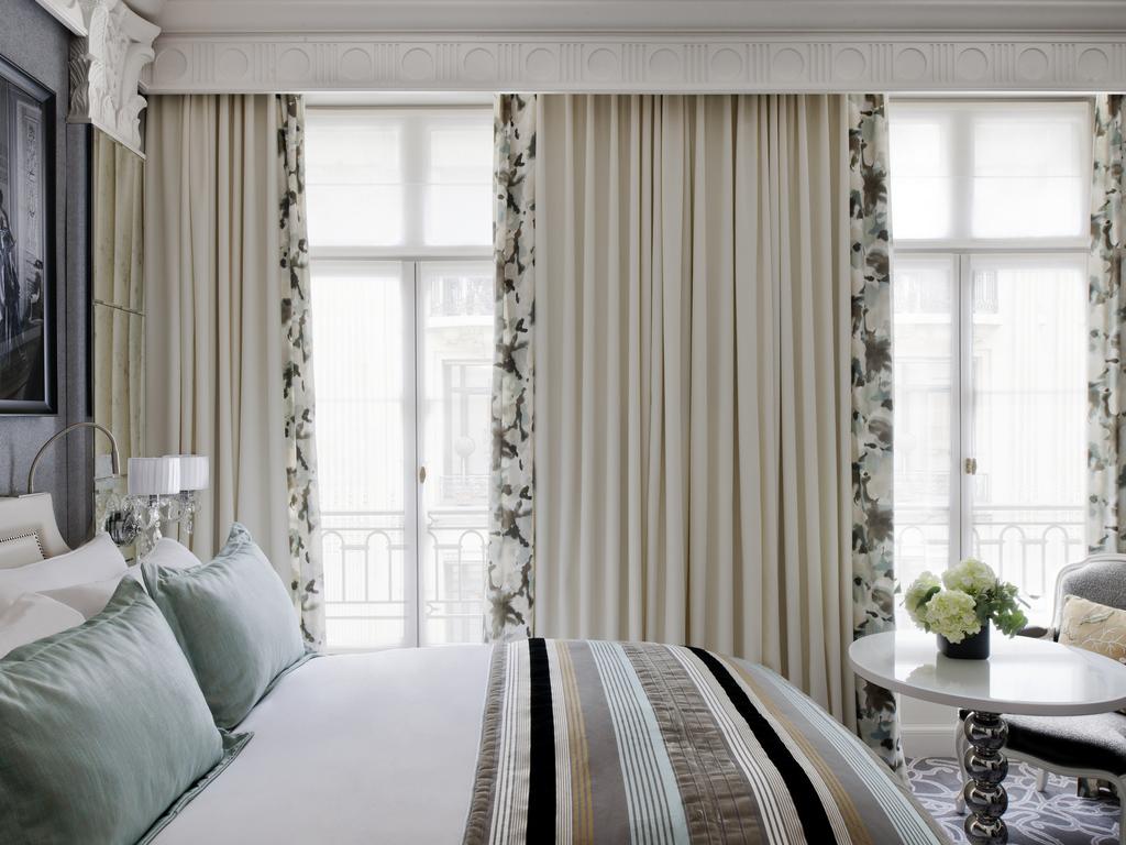 2df833a2ca42 PREMIUM LUXURY ROOM - Room and lounge area - Didier Gomez design