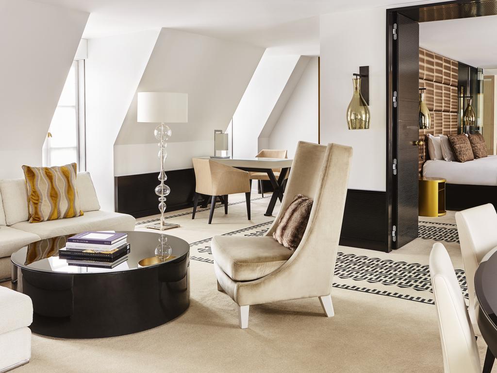 d313a8837722 COUTURE Apartment - King size bed - view of Paris - Design by Didier Gomez