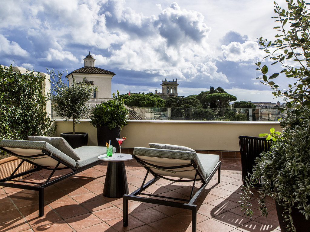 hotel de luxe rome sofitel rome villa borghese. Black Bedroom Furniture Sets. Home Design Ideas