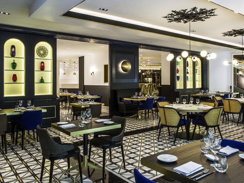 luxury hotel lisboa sofitel lisbon liberdade. Black Bedroom Furniture Sets. Home Design Ideas