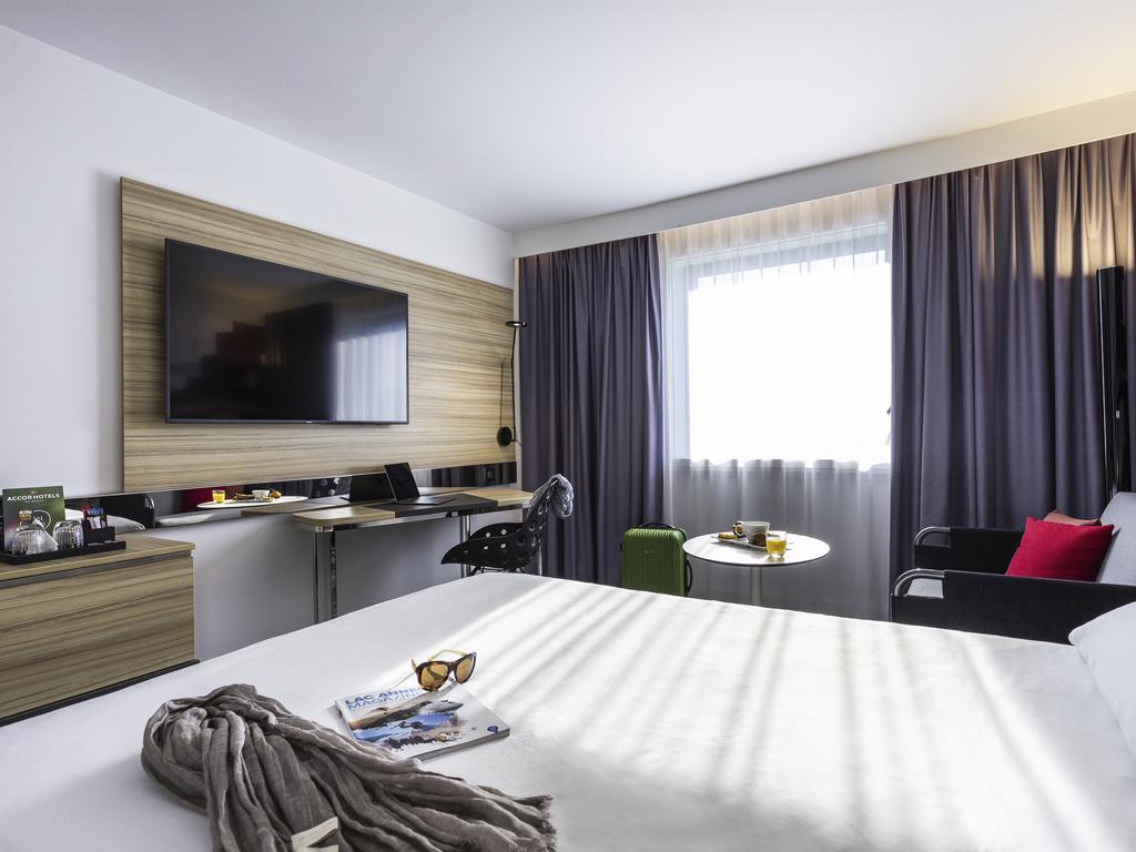 Hotel in annecy   novotel annecy centre atria