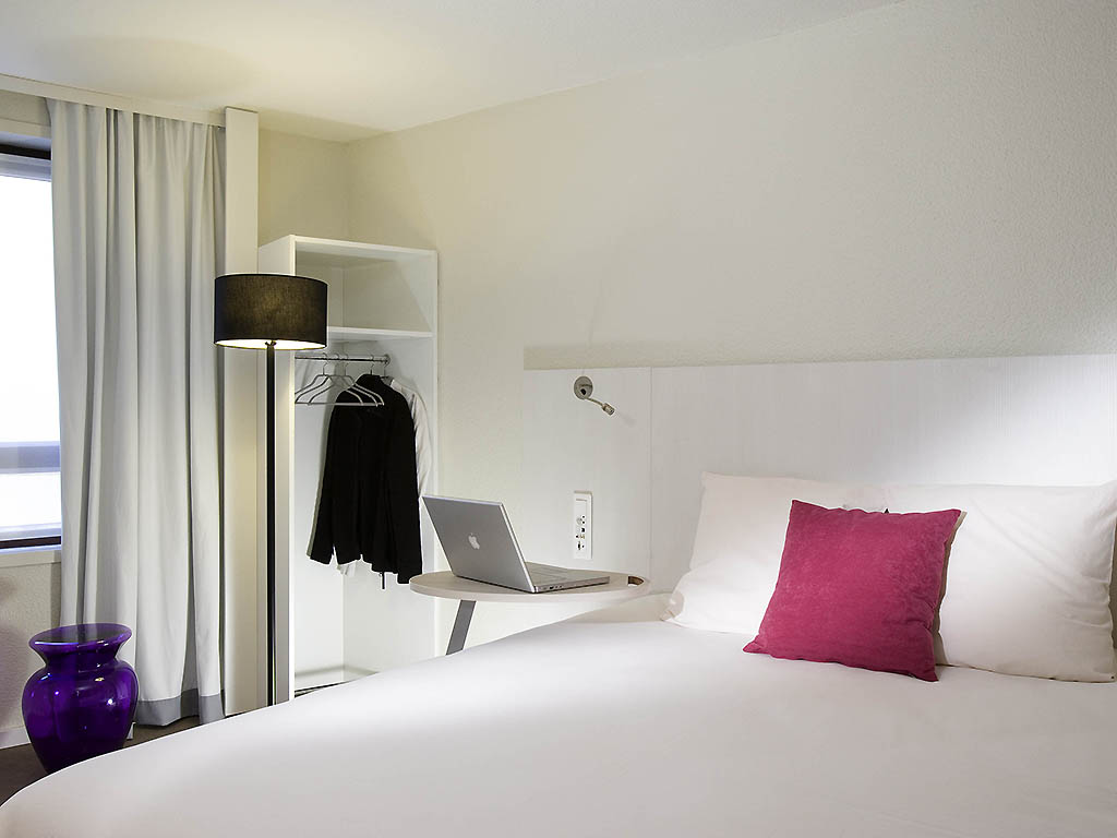 hotel pas cher lille ibis styles lille centre gare beffroi. Black Bedroom Furniture Sets. Home Design Ideas