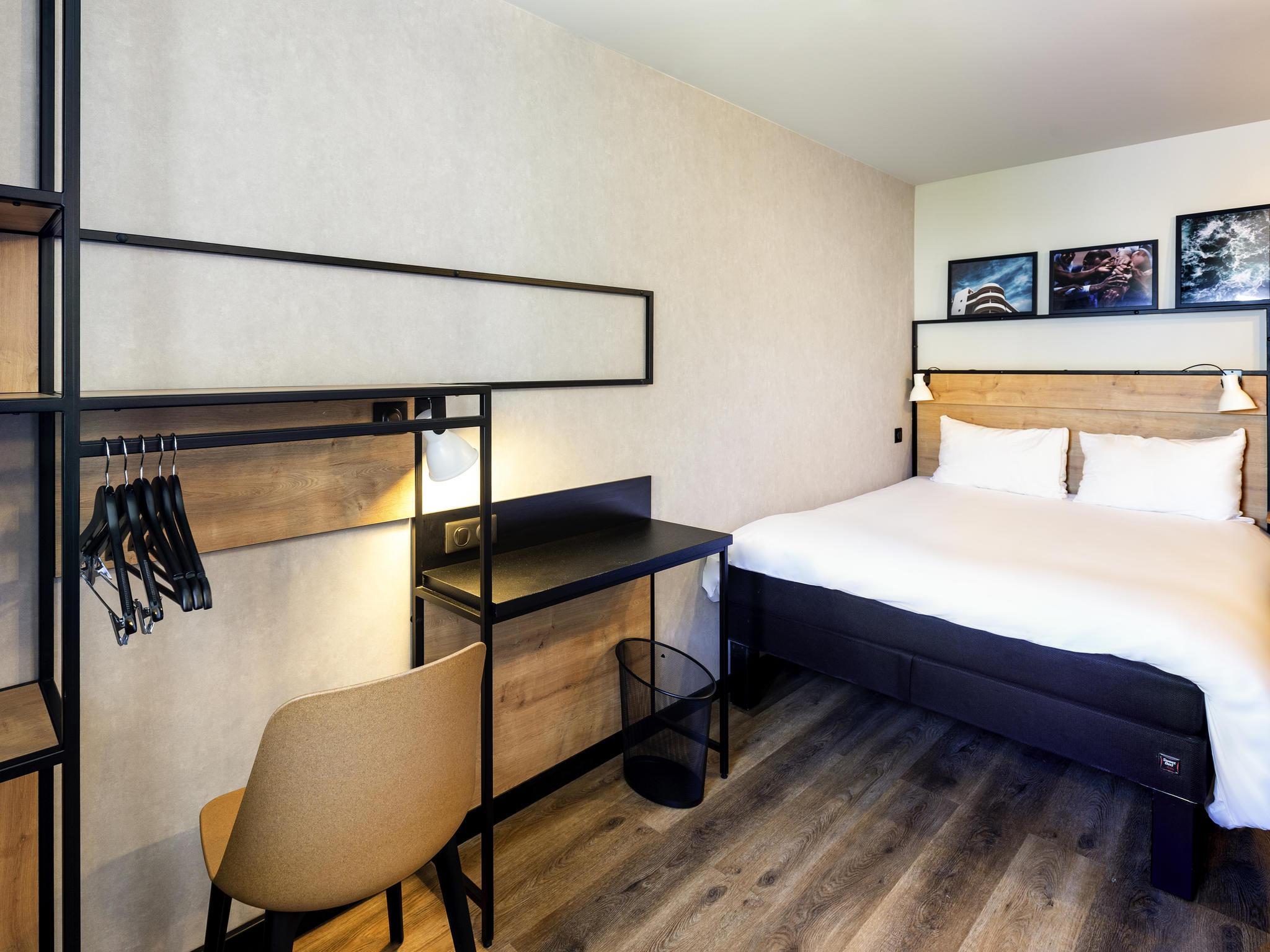 Hotel in pau ibis pau centre