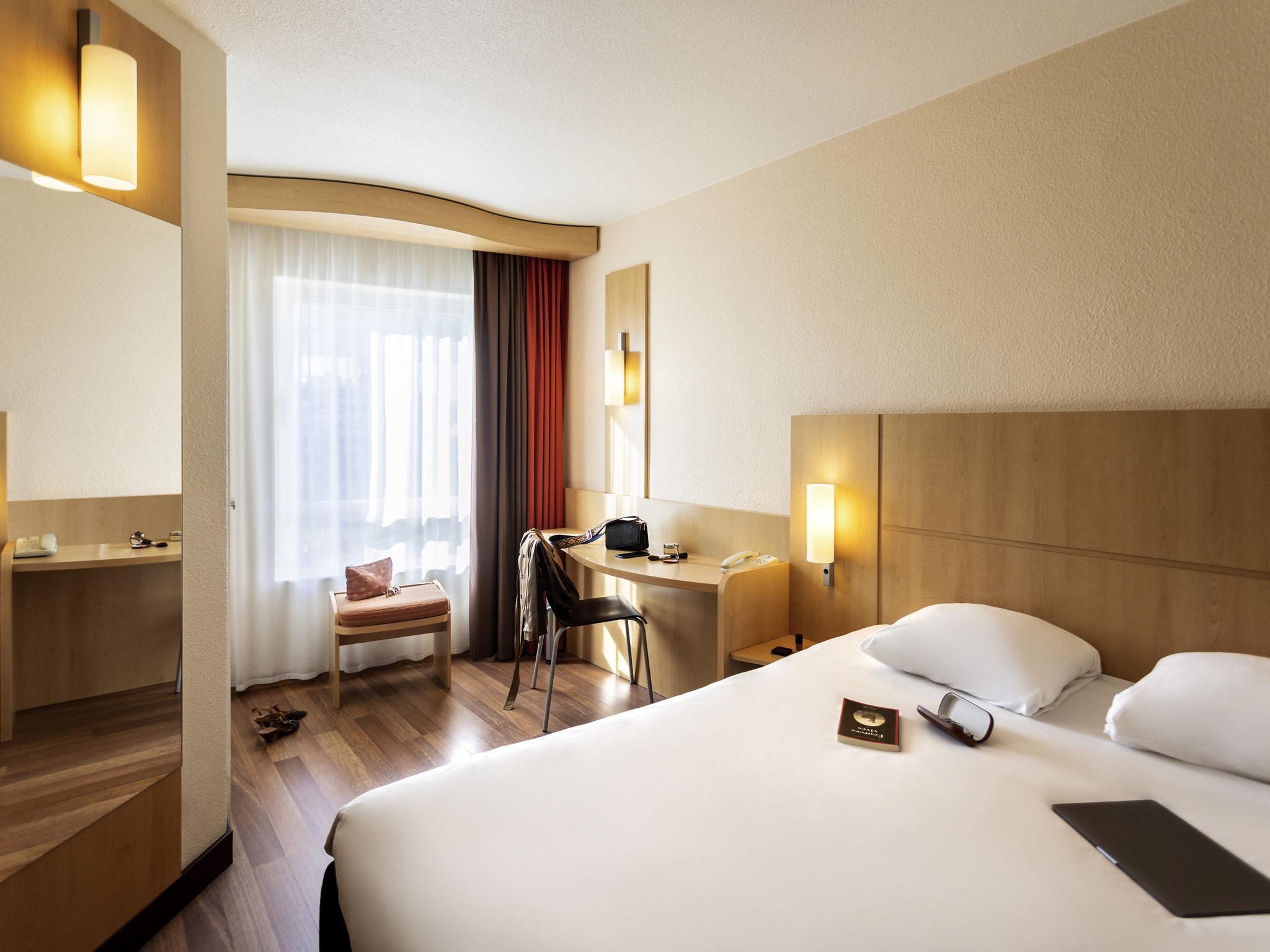 Hotell – ibis Antwerpen Centrum