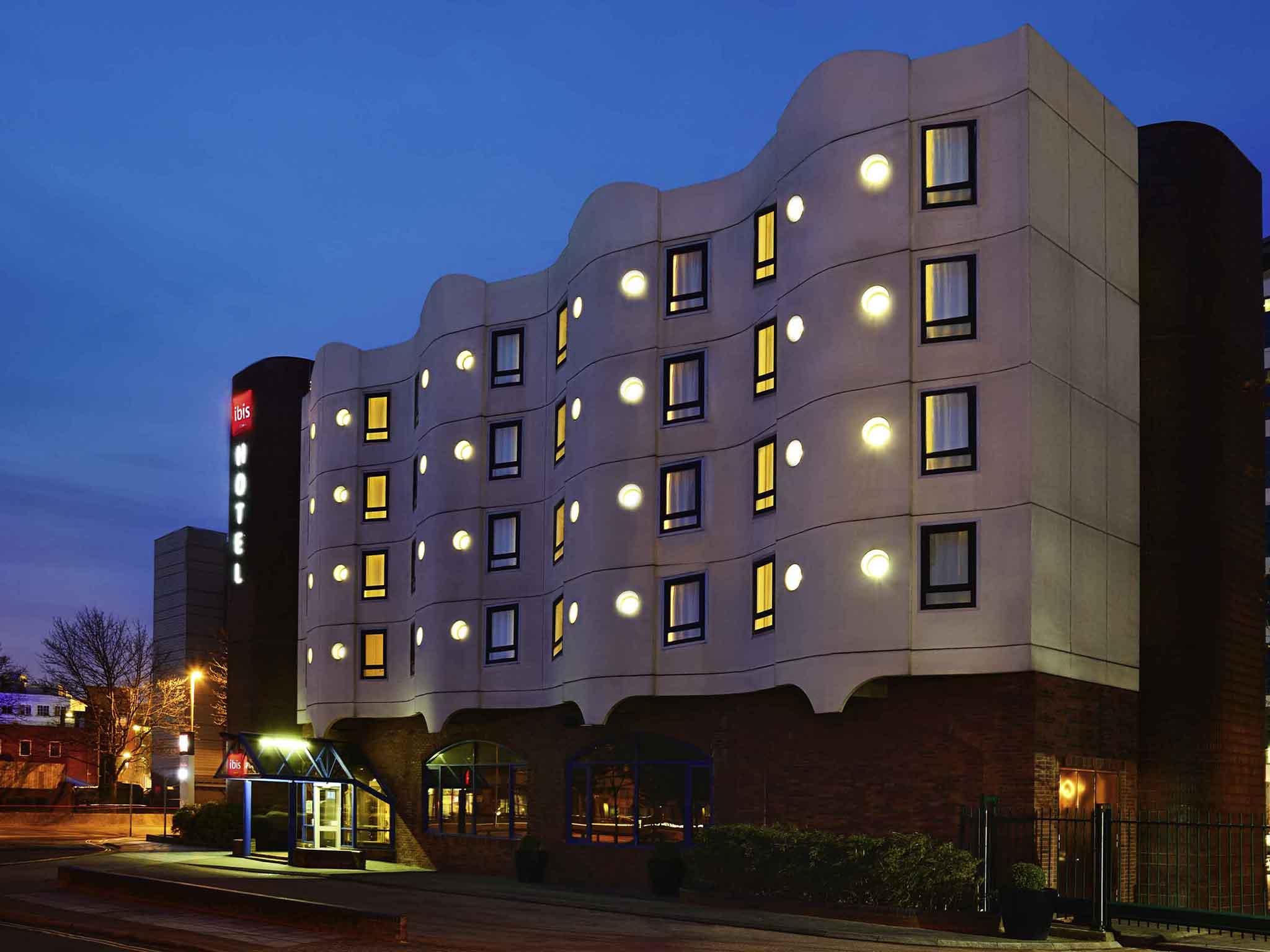 Отель — ibis Portsmouth Centre