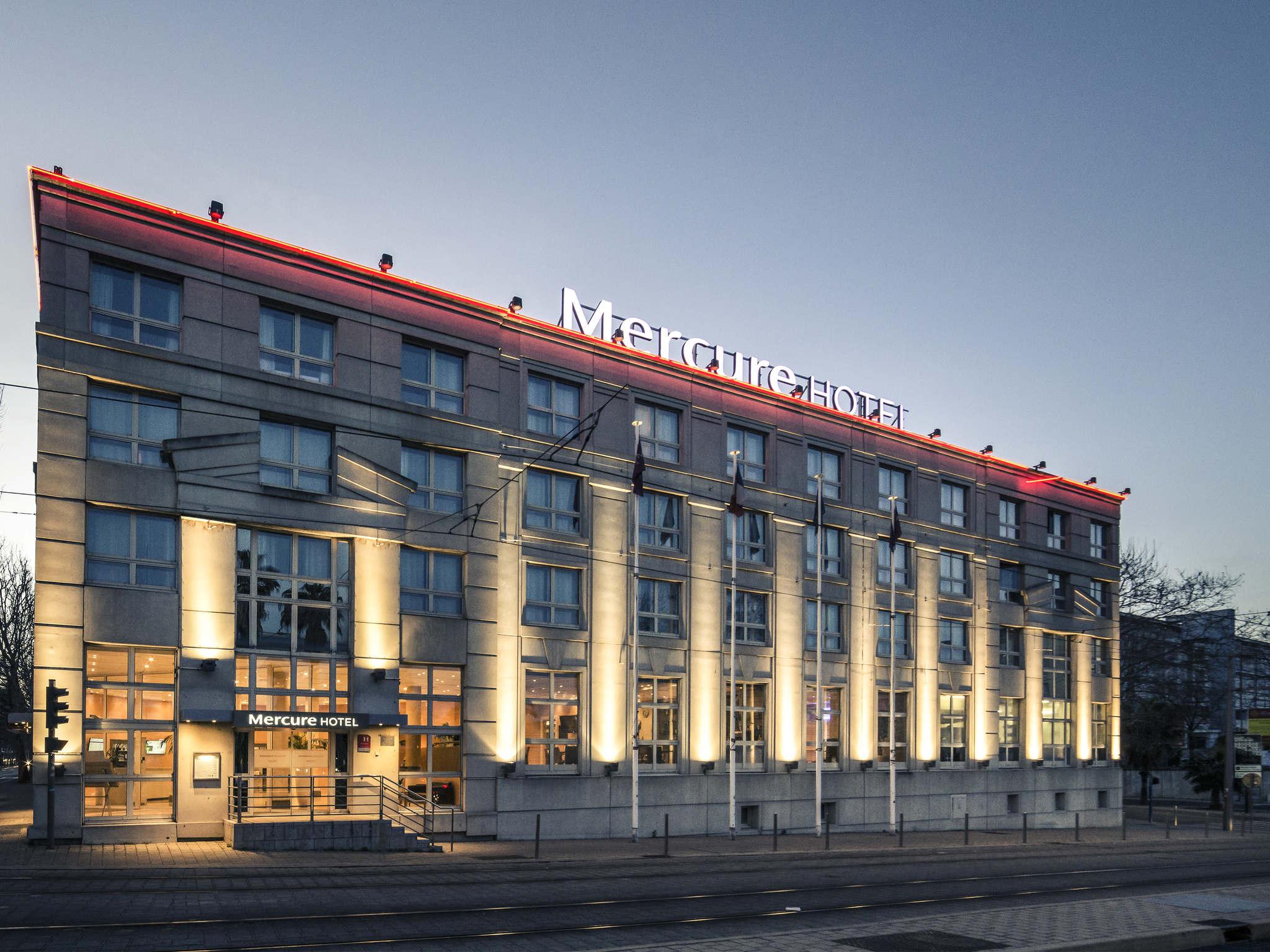 Hotel In Montpellier Mercure Montpellier Centre Antigone Hotel