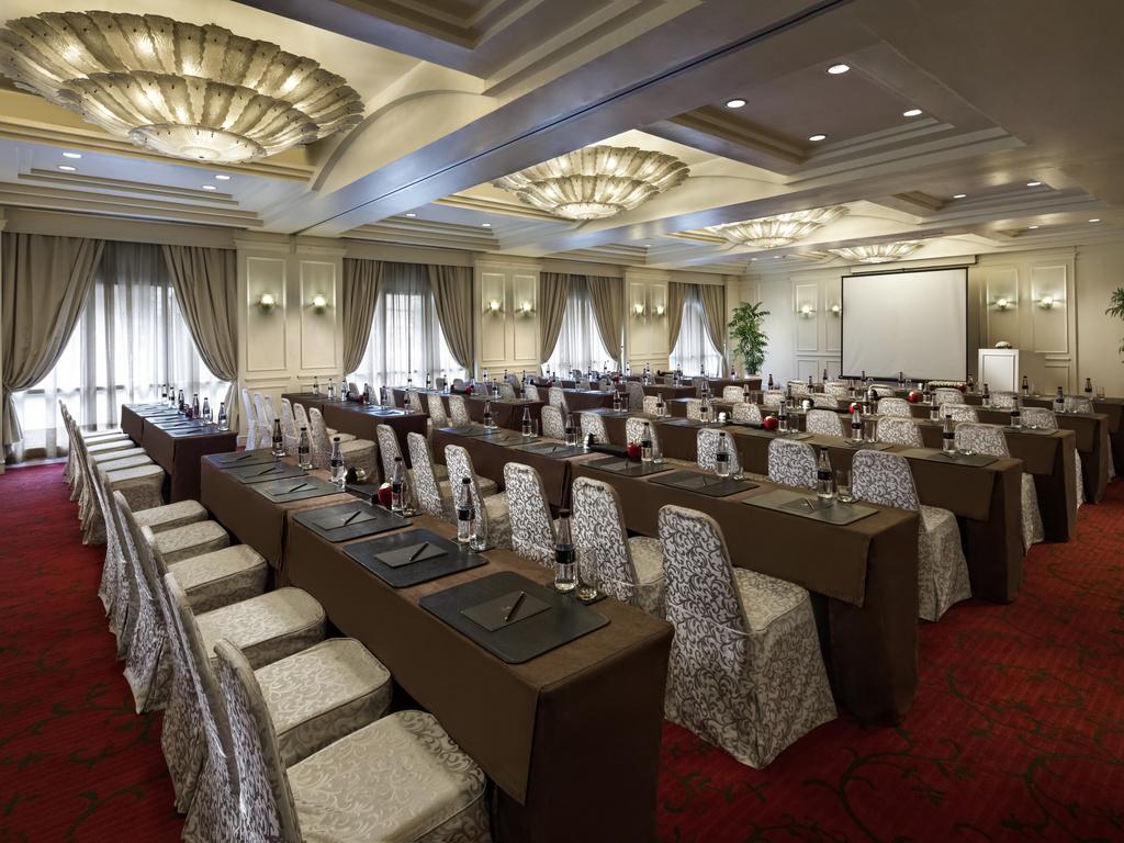 Deco Nature Salon luxury hotel hanoi – sofitel legend metropole hanoi