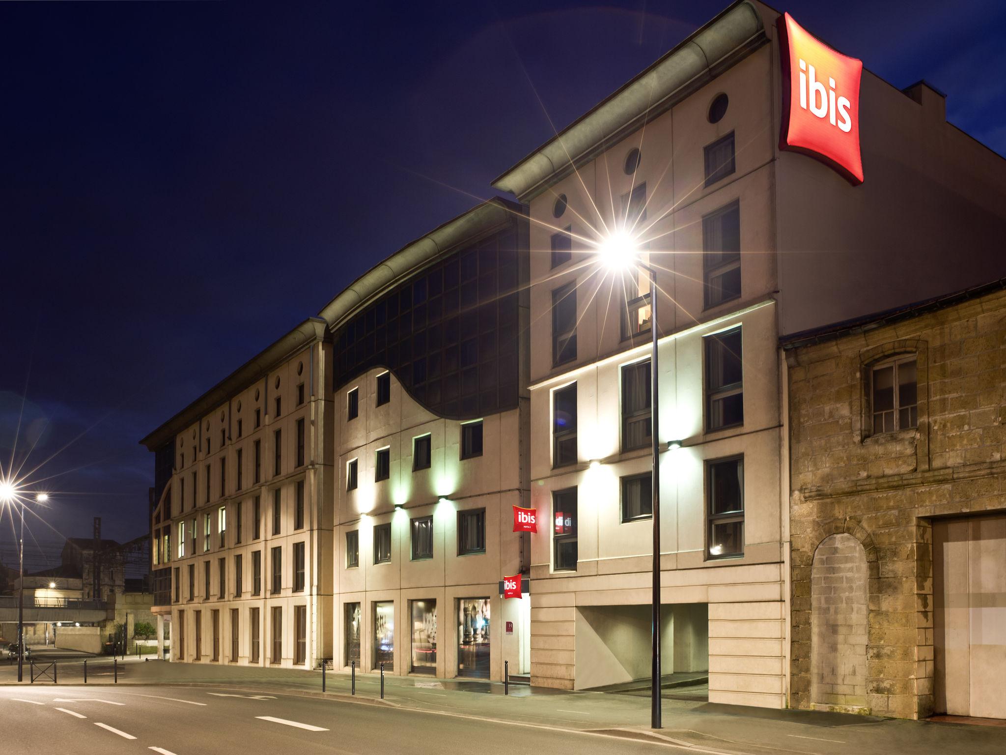 hotel in bordeaux ibis bordeaux centre gare saint jean. Black Bedroom Furniture Sets. Home Design Ideas