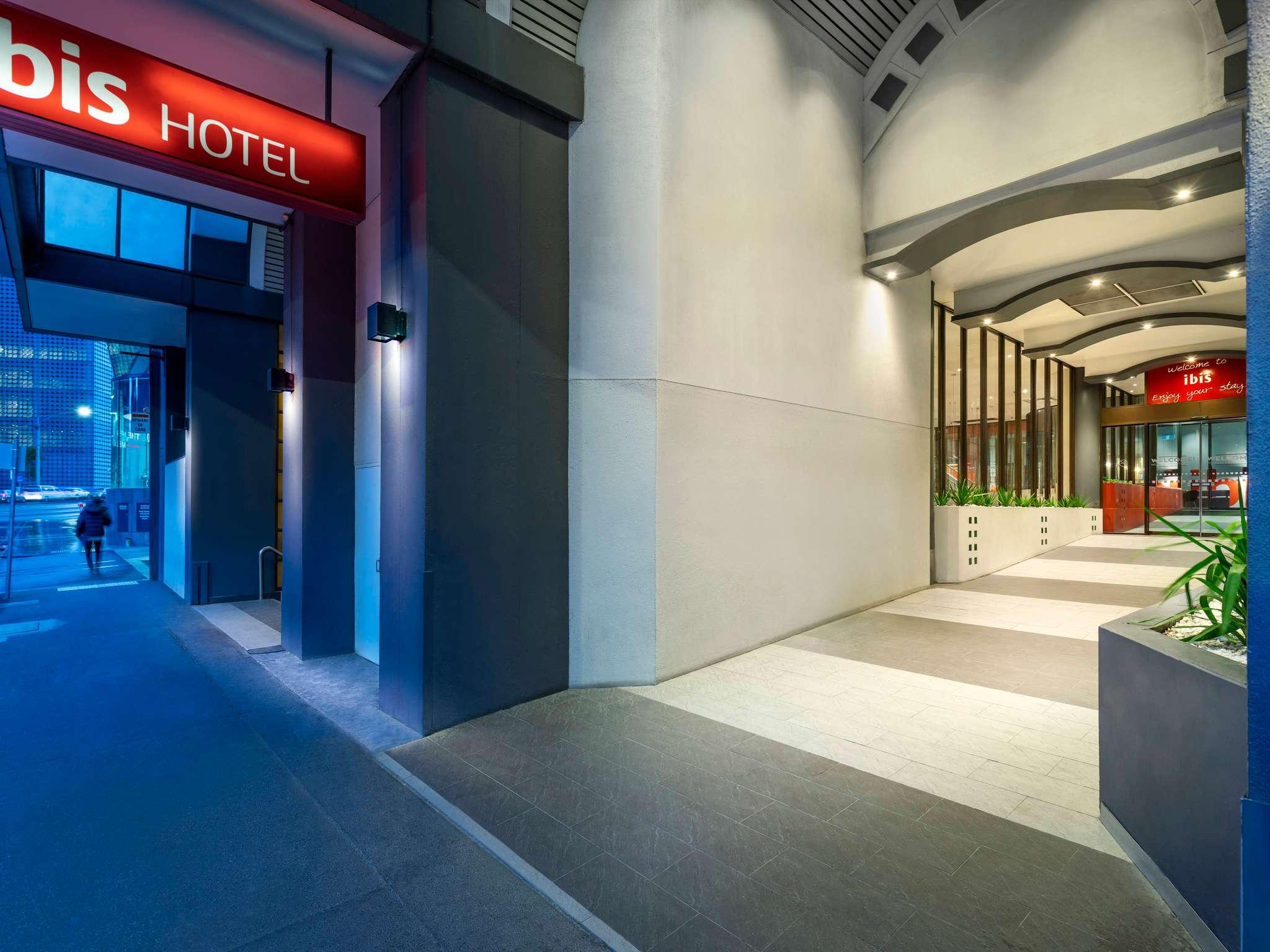 โรงแรม – โรงแรมไอบิส เมลเบิร์น แอนด์ อพาร์ทเมนต์
