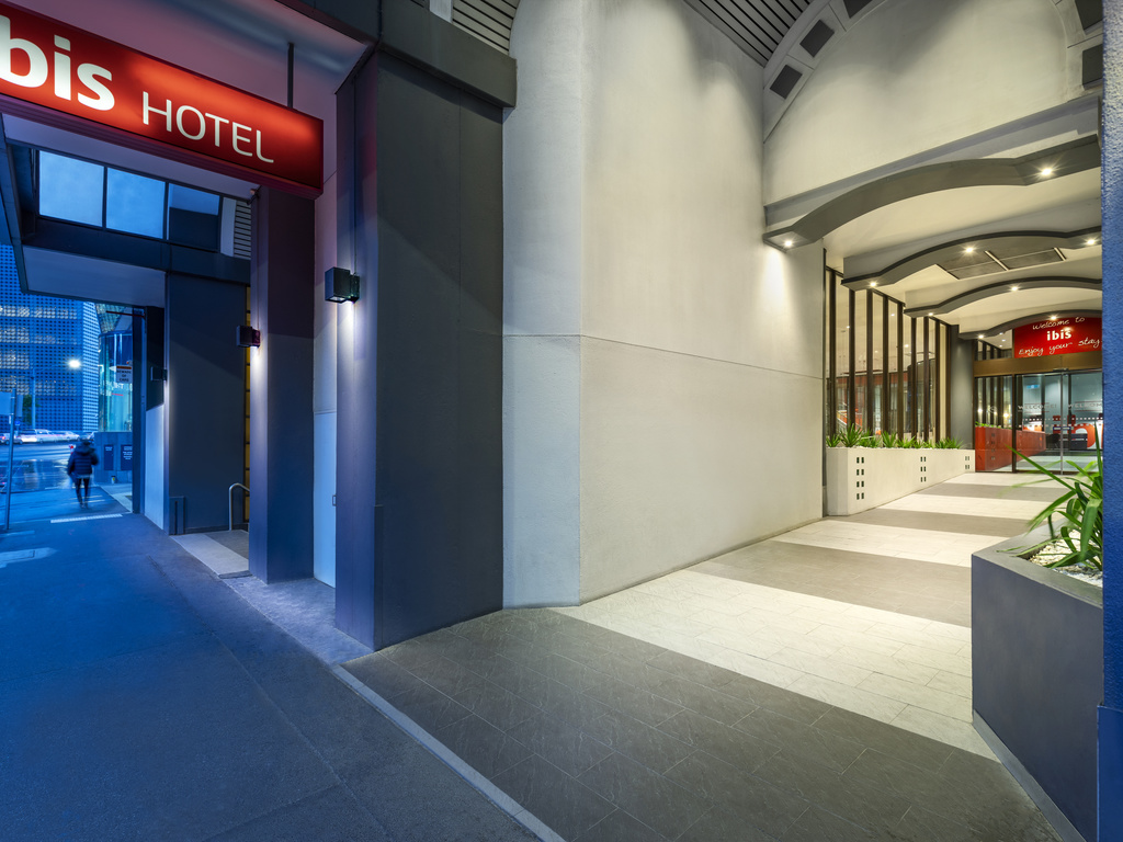 Hotels near Queen Victoria Market, Melbourne: book with