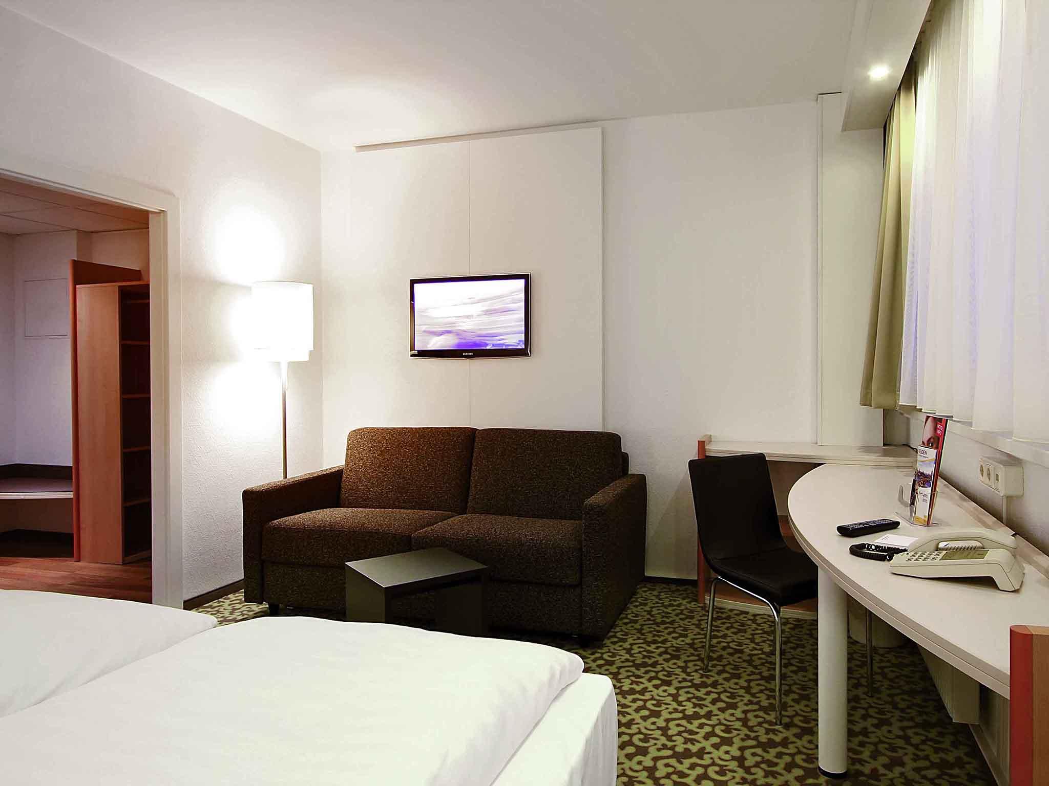 Hotel in Dresden - ibis Hotel Dresden Bastei online buchen