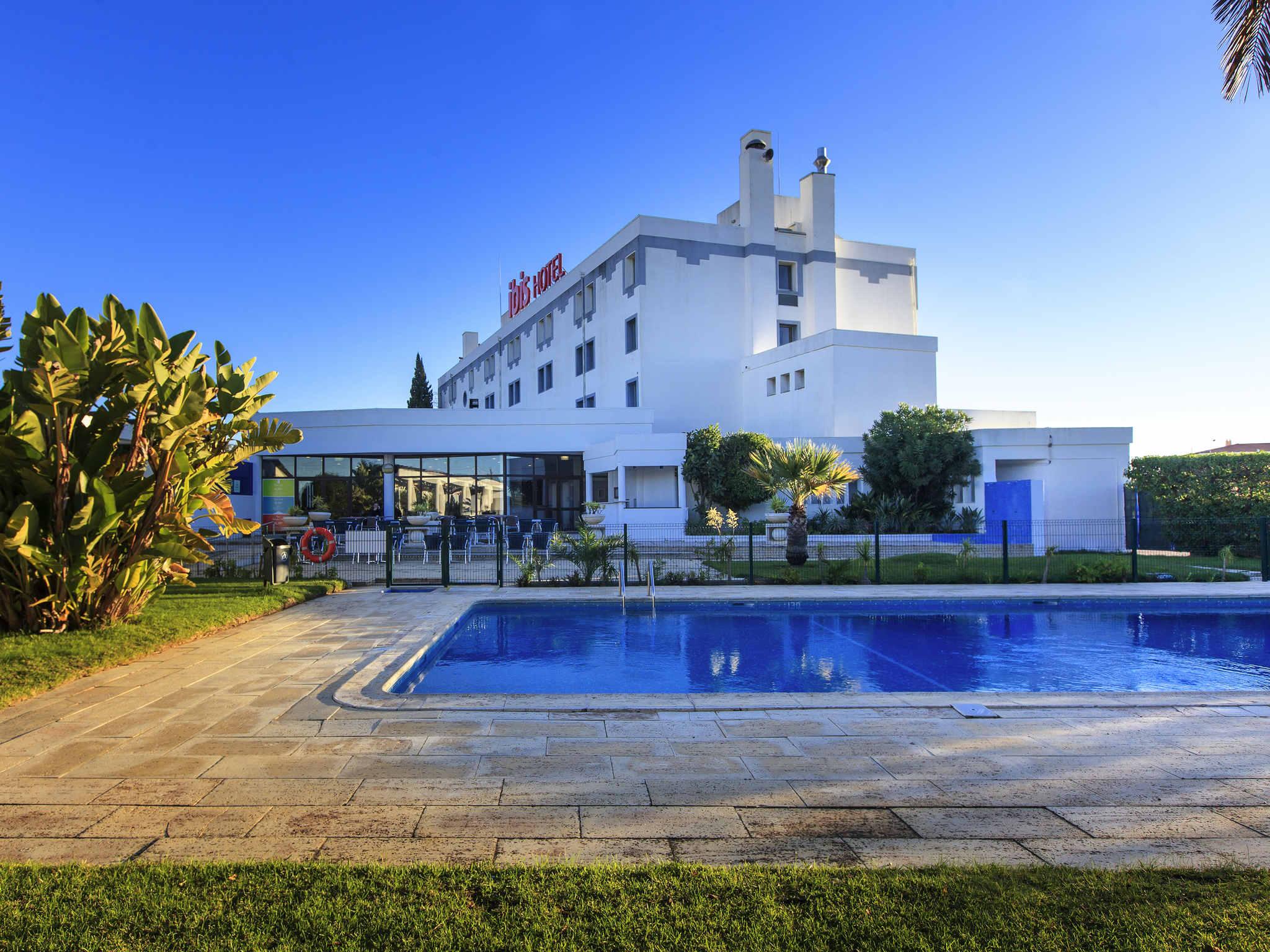 Отель — ibis Faro Algarve