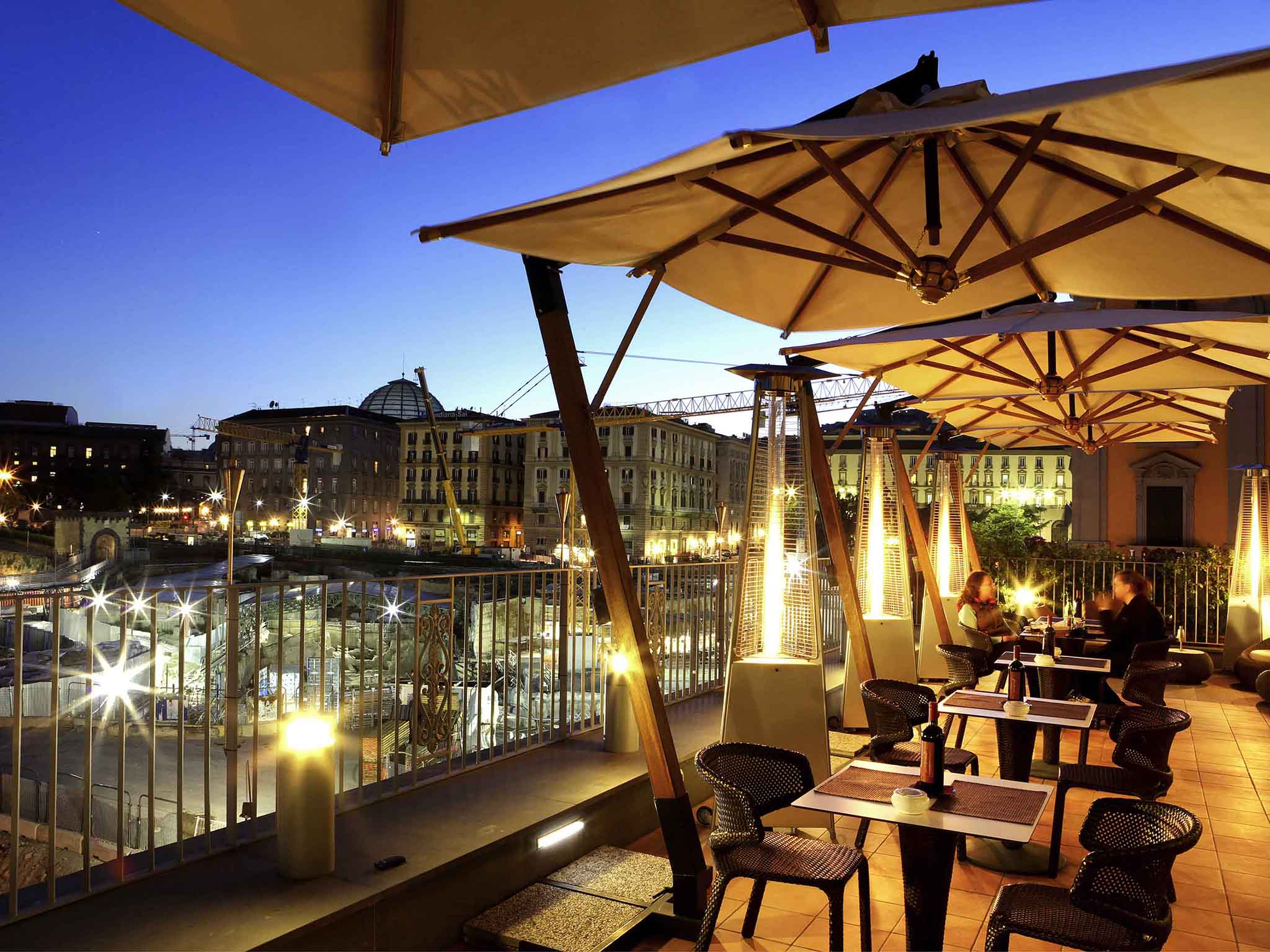 Mercure Hotel Napoli Angioino Centro