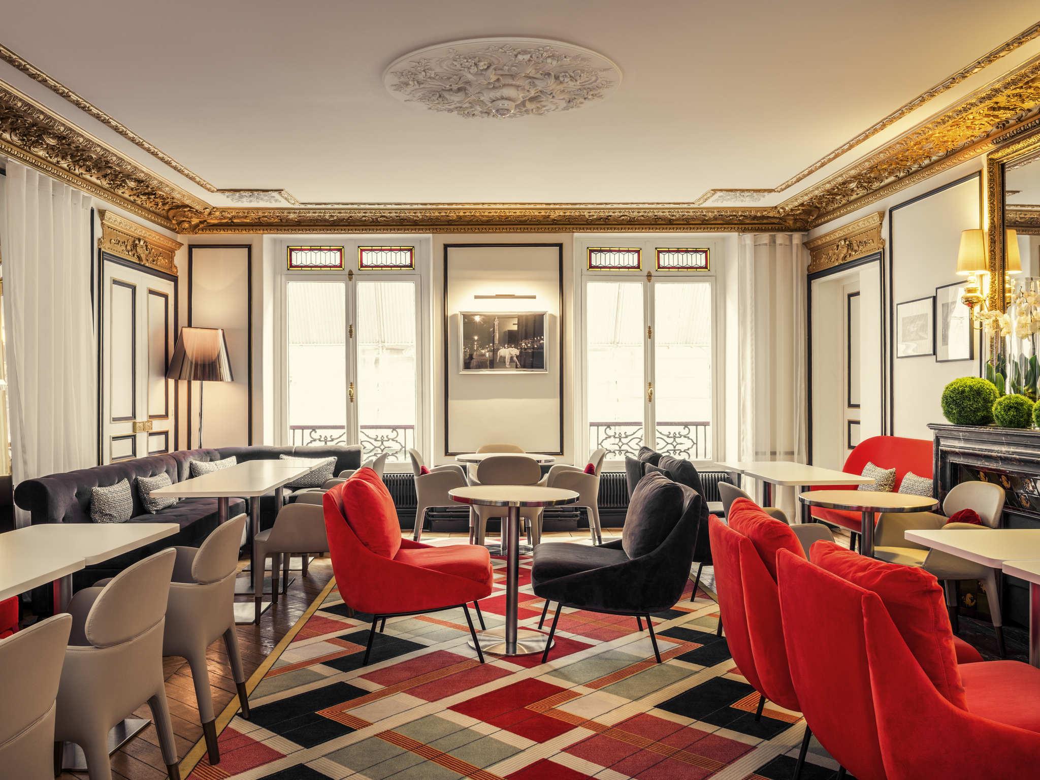 Отель — Отель Mercure Париж Опера Лувр