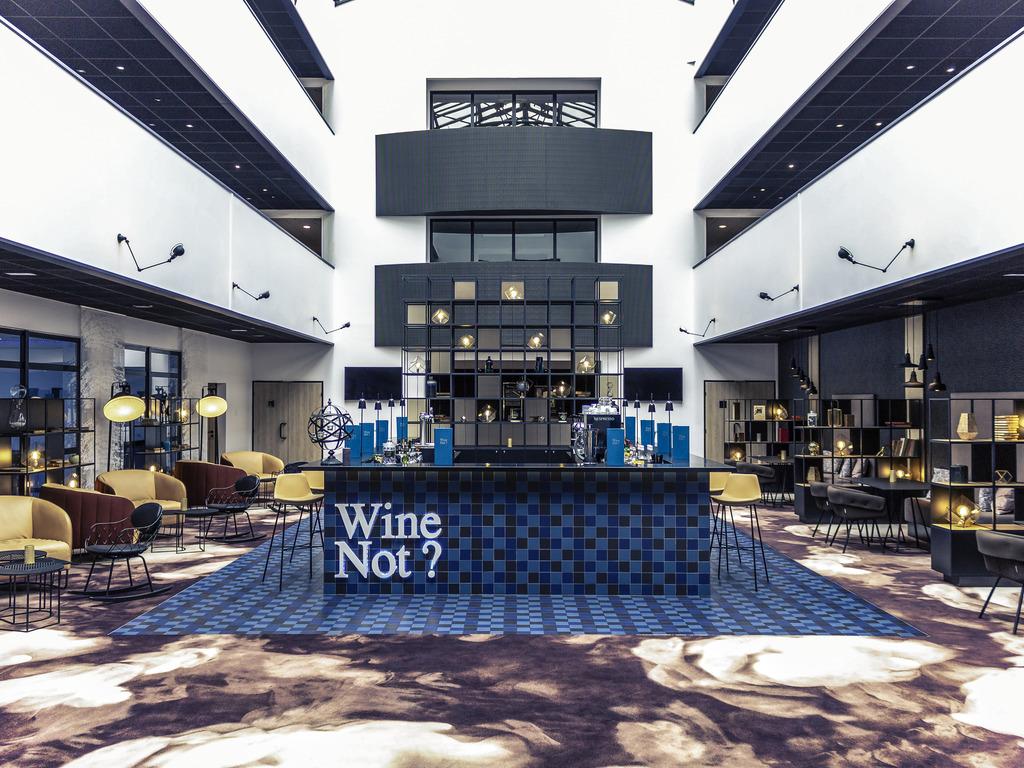 le quai blois restaurants by accorhotels. Black Bedroom Furniture Sets. Home Design Ideas