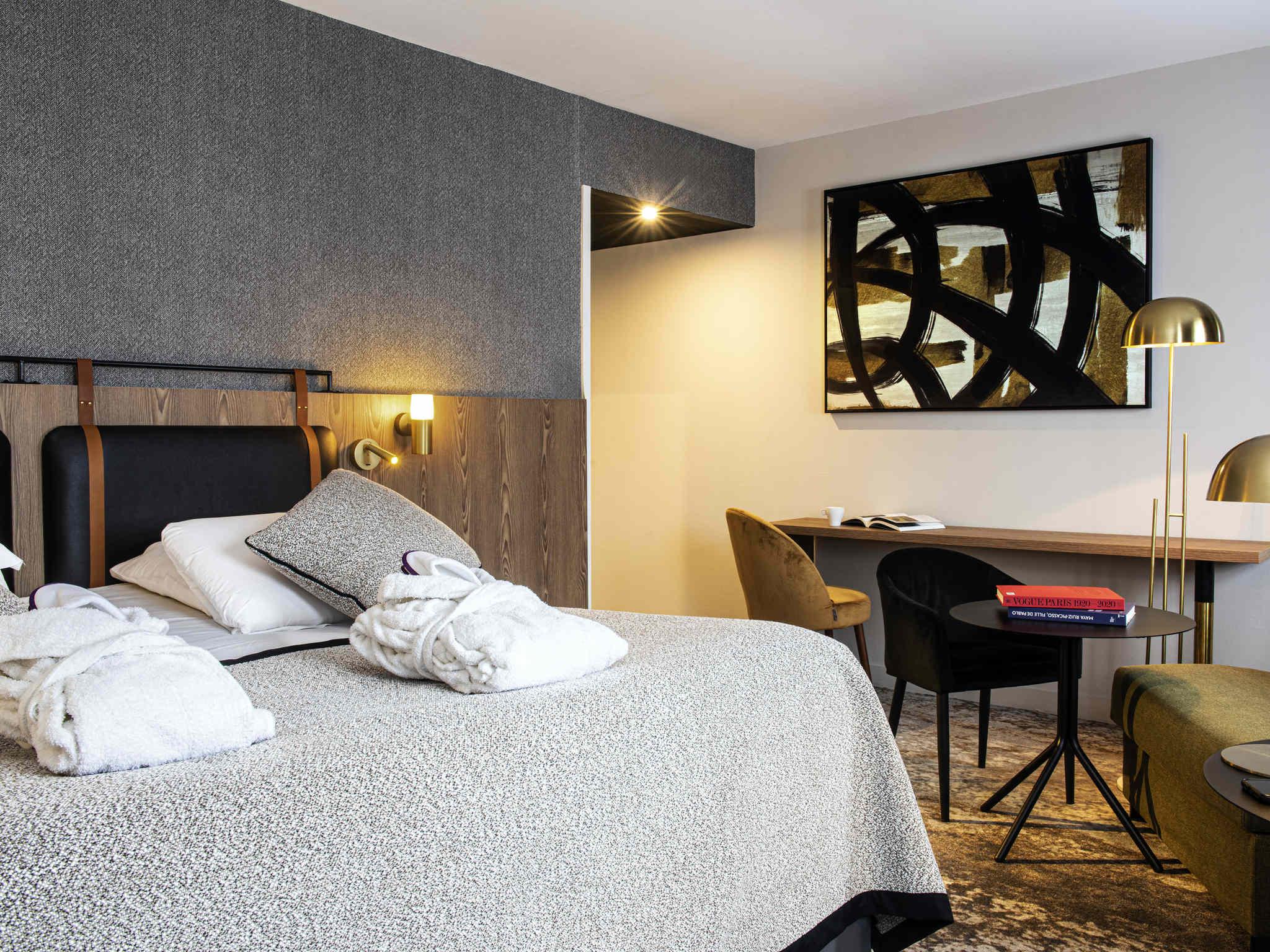 Hotel in CARCASSONNE Mercure Carcassonne La Cité hotel