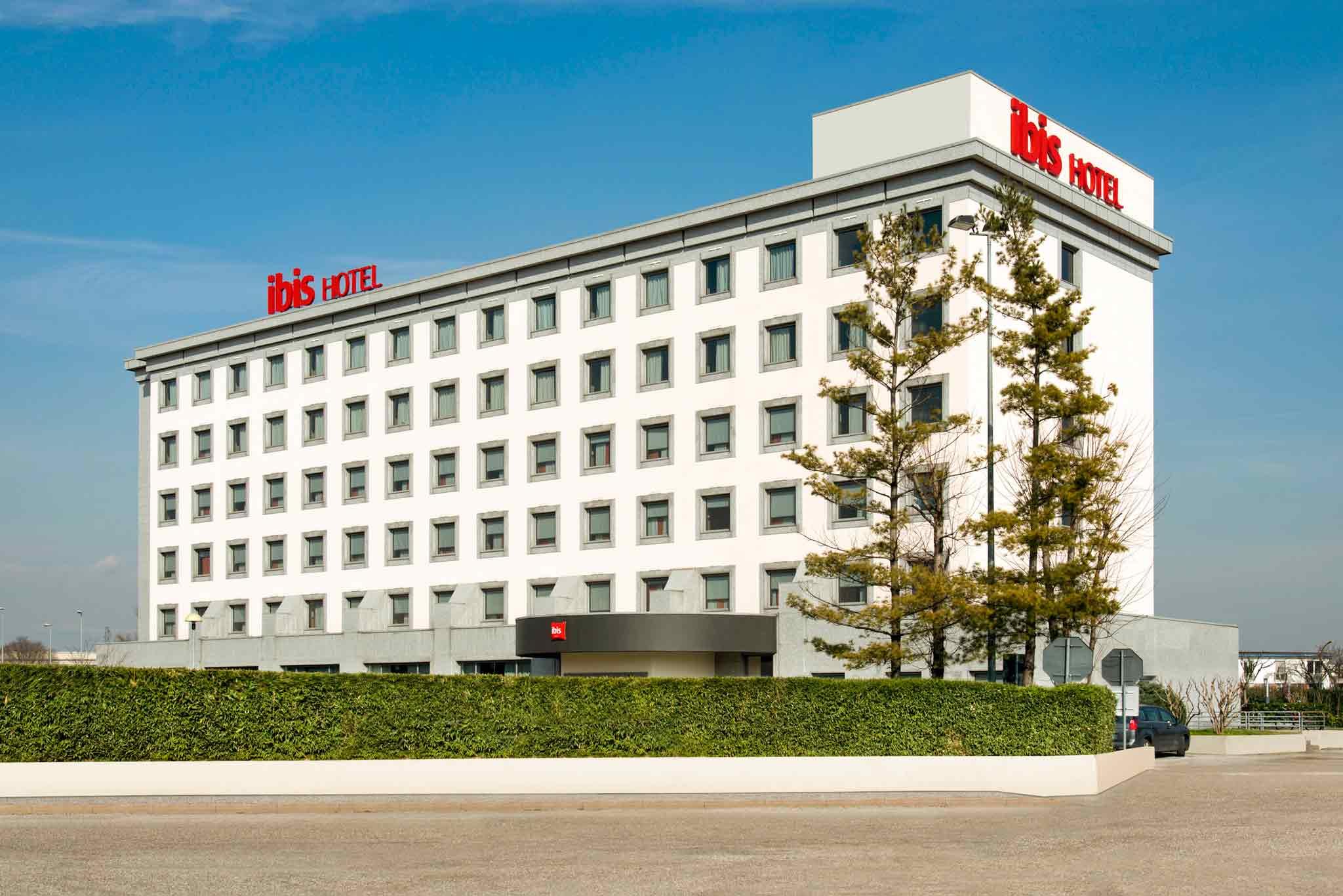 酒店 – 宜必思维罗纳酒店