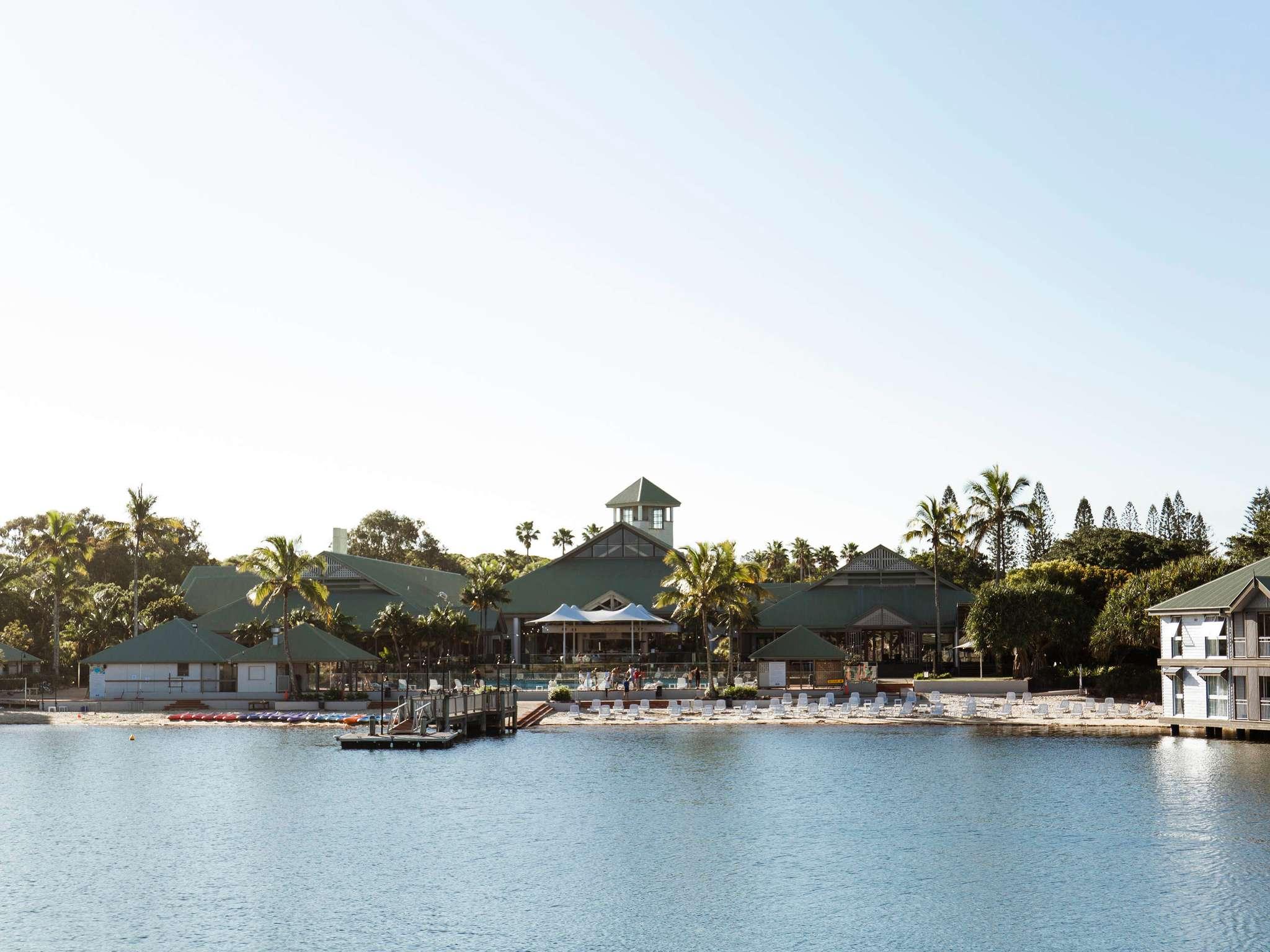 โรงแรม – Novotel Twin Waters Resort Sunshine Coast