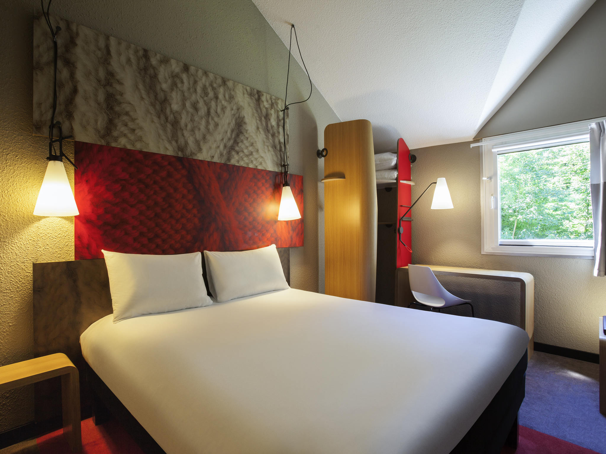 Hotell – ibis Jouy-en-Josas Vélizy