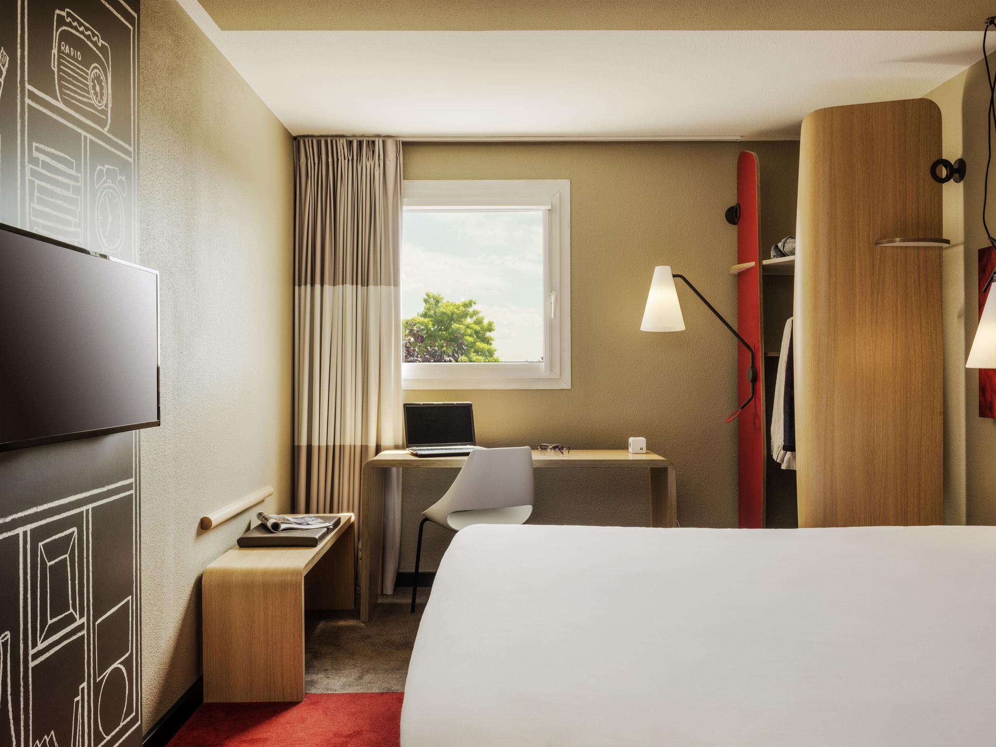 โรงแรม – ibis Massy
