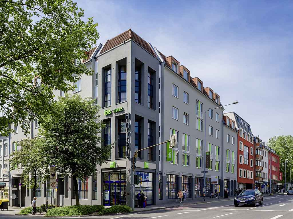 Ibis styles hotel aachen city aachen book your hotel for Designhotel aachen