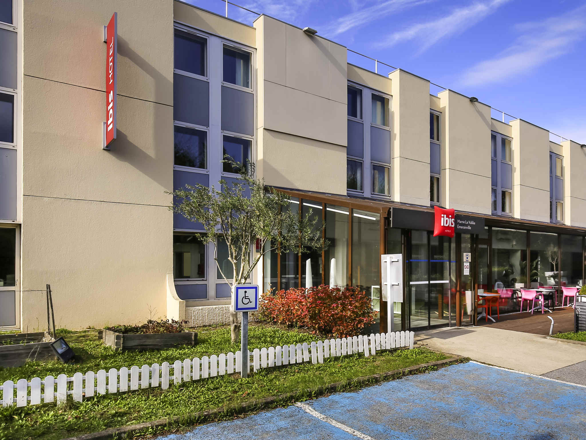 Hotel – ibis Marne la Vallee Emerainville