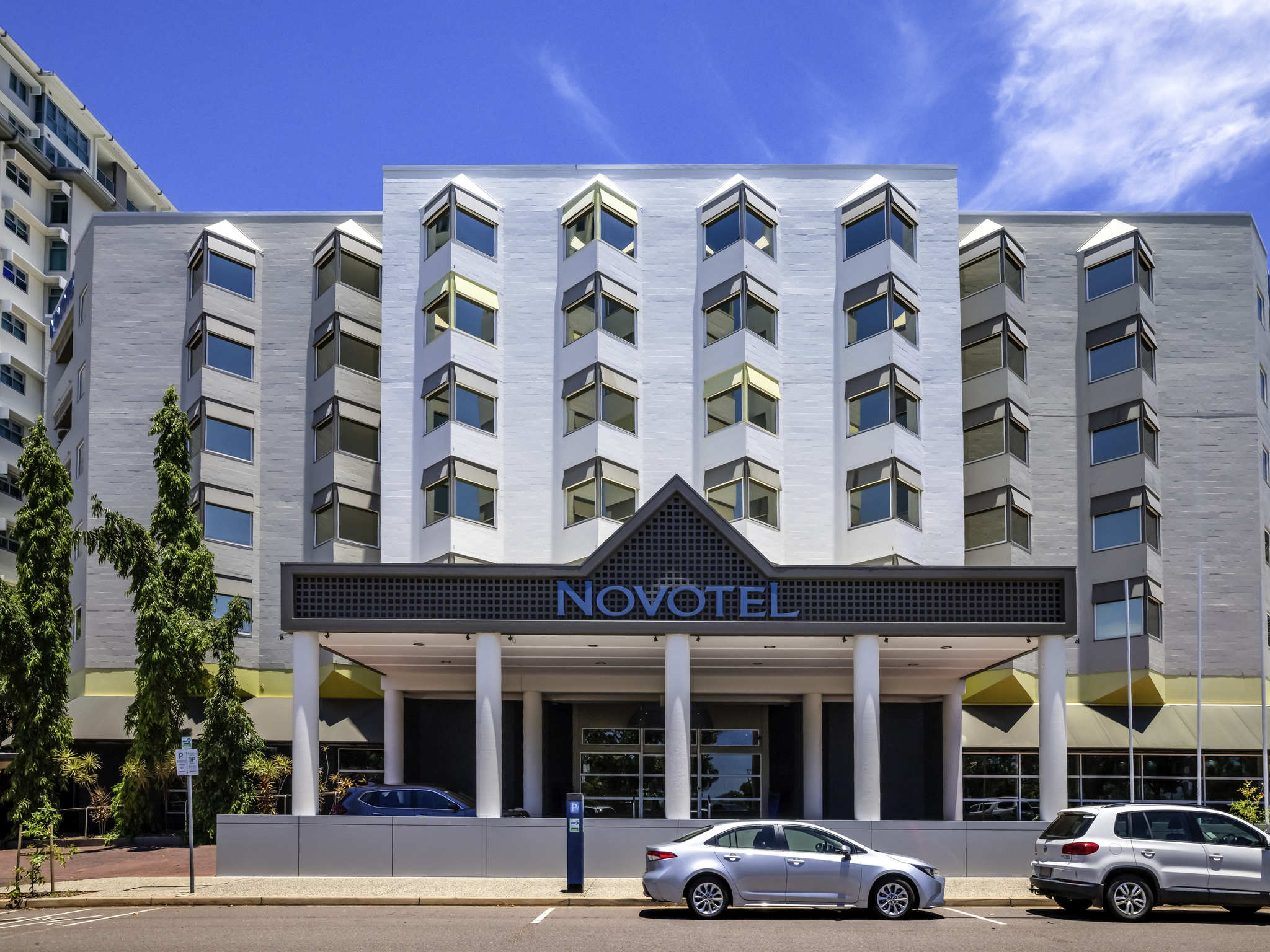 호텔 – Novotel Darwin CBD