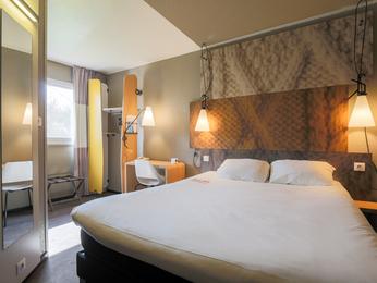 Cheap hotel montauban ibis montauban - Point p montauban ...