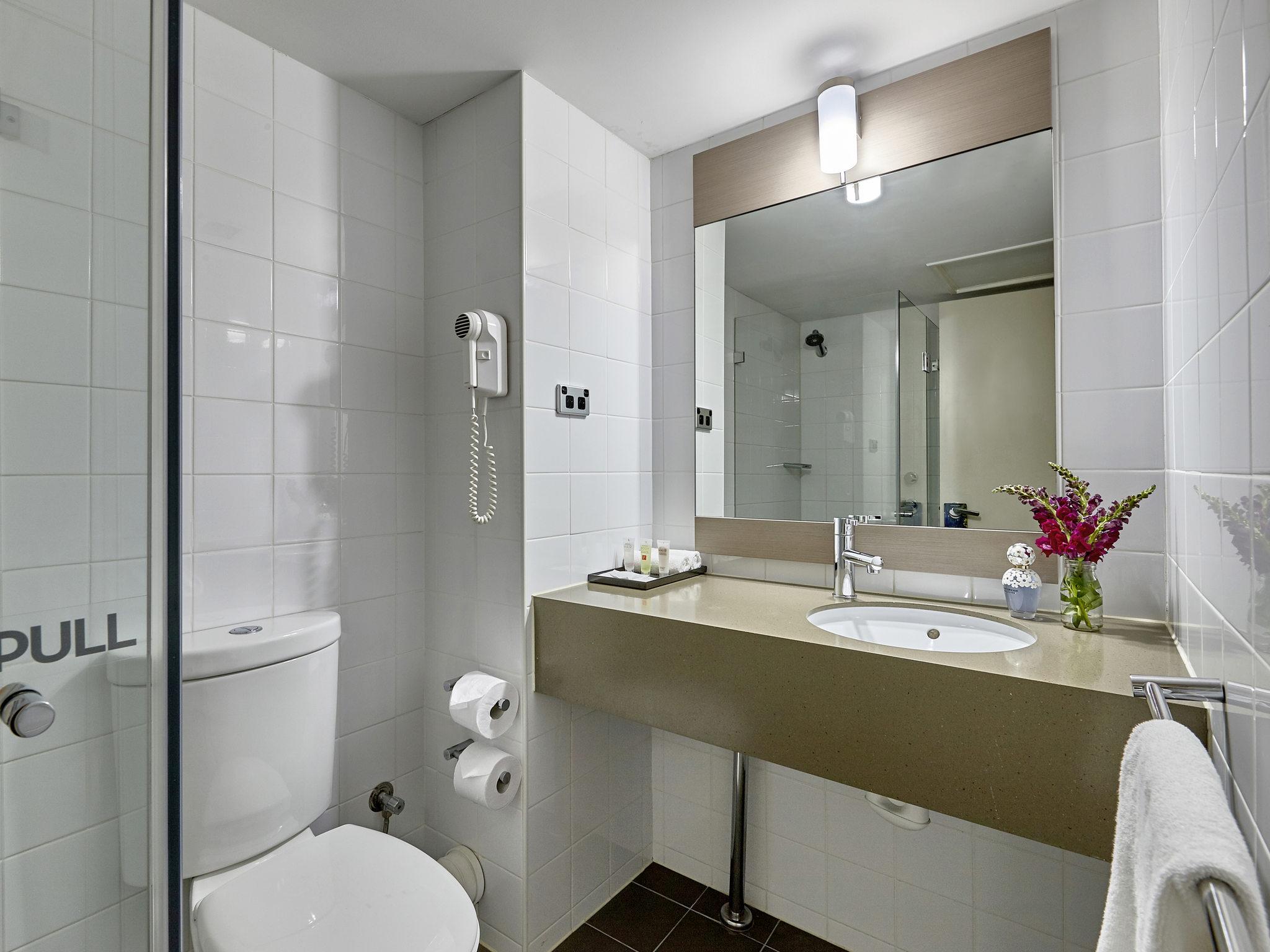 bathroom accessories perth scotland. rooms - ibis perth bathroom accessories scotland