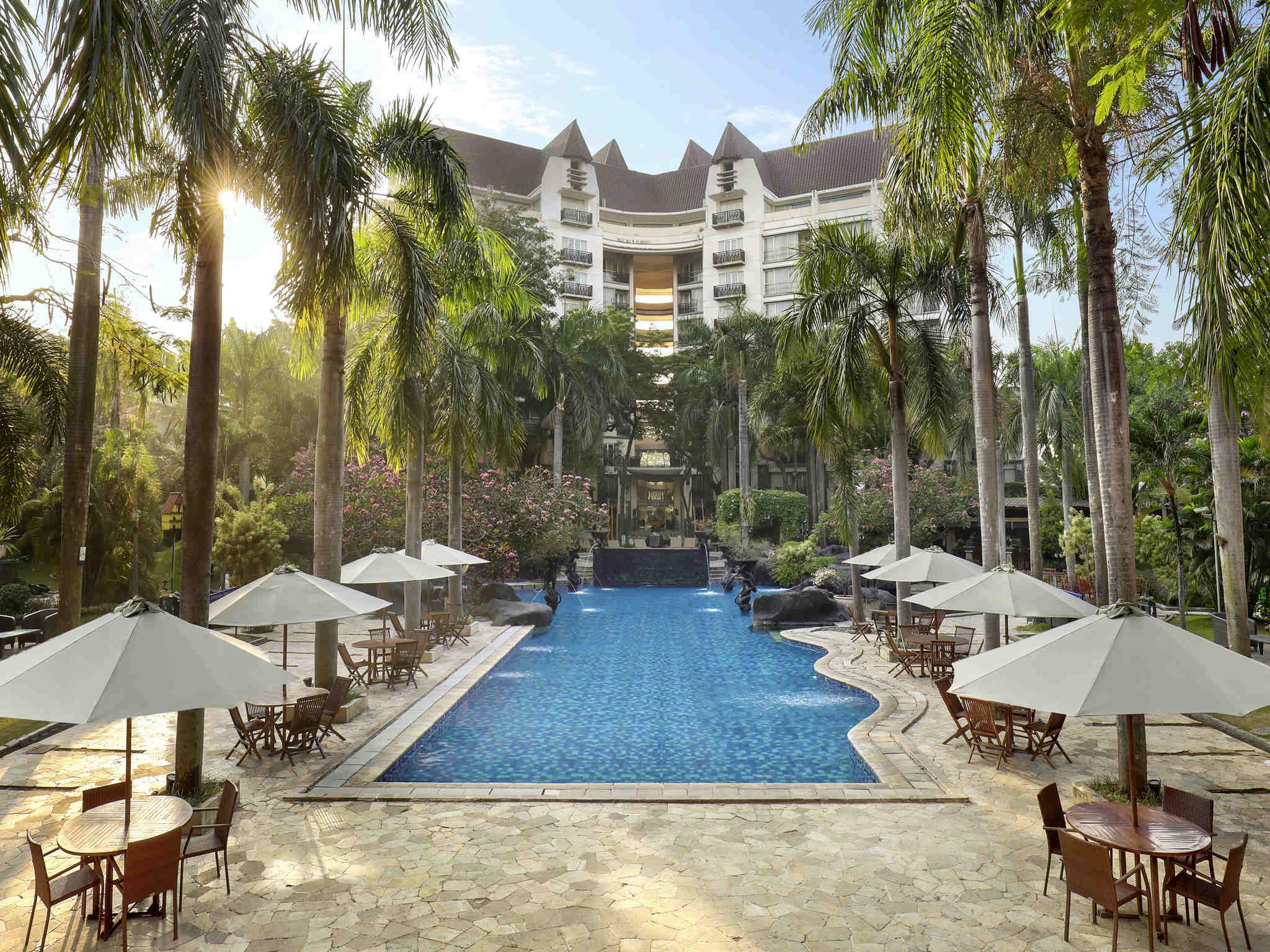 Hotel In Surabaya