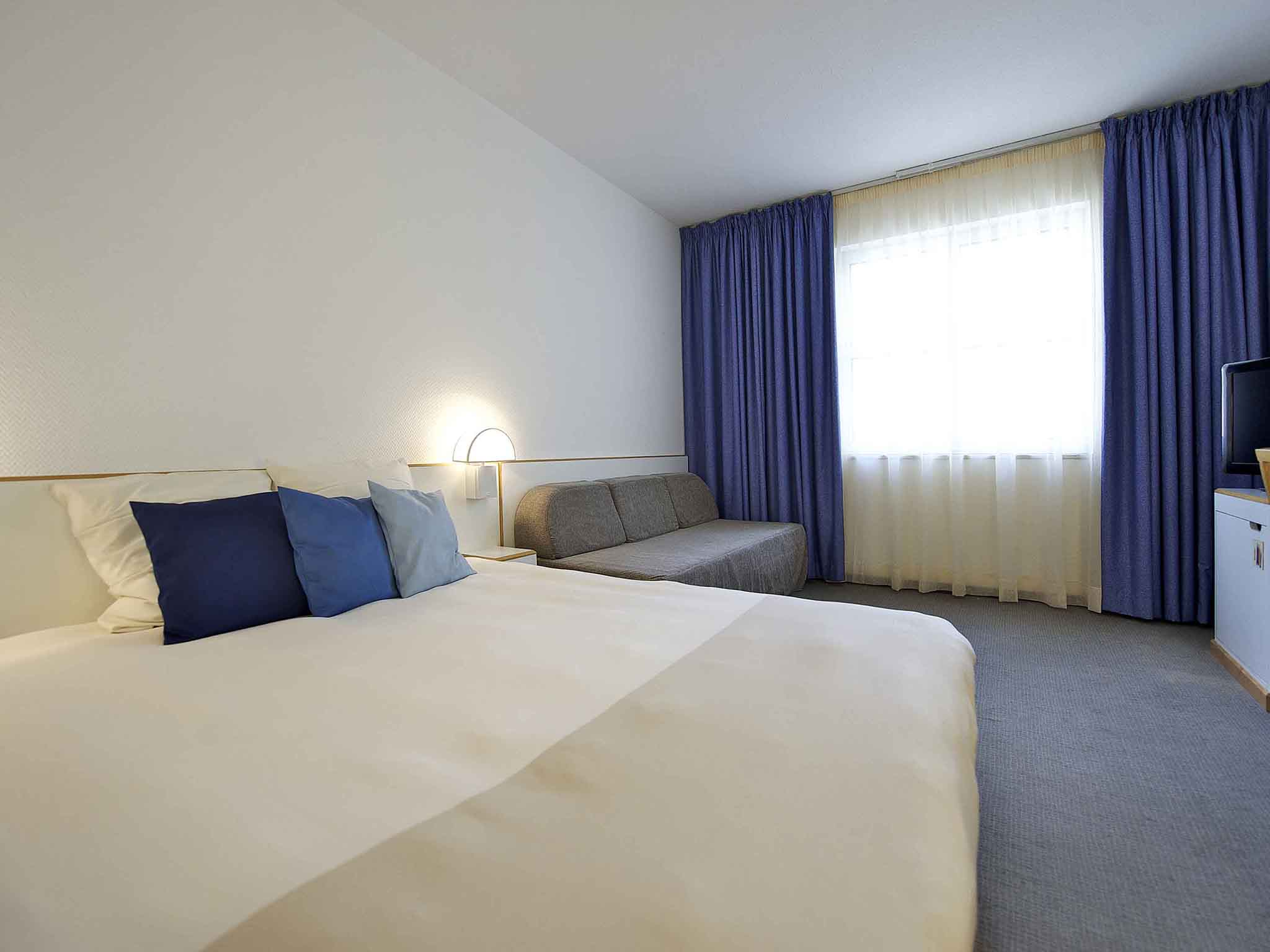 Hotel novotel florence nord a roport for Prix chambre novotel