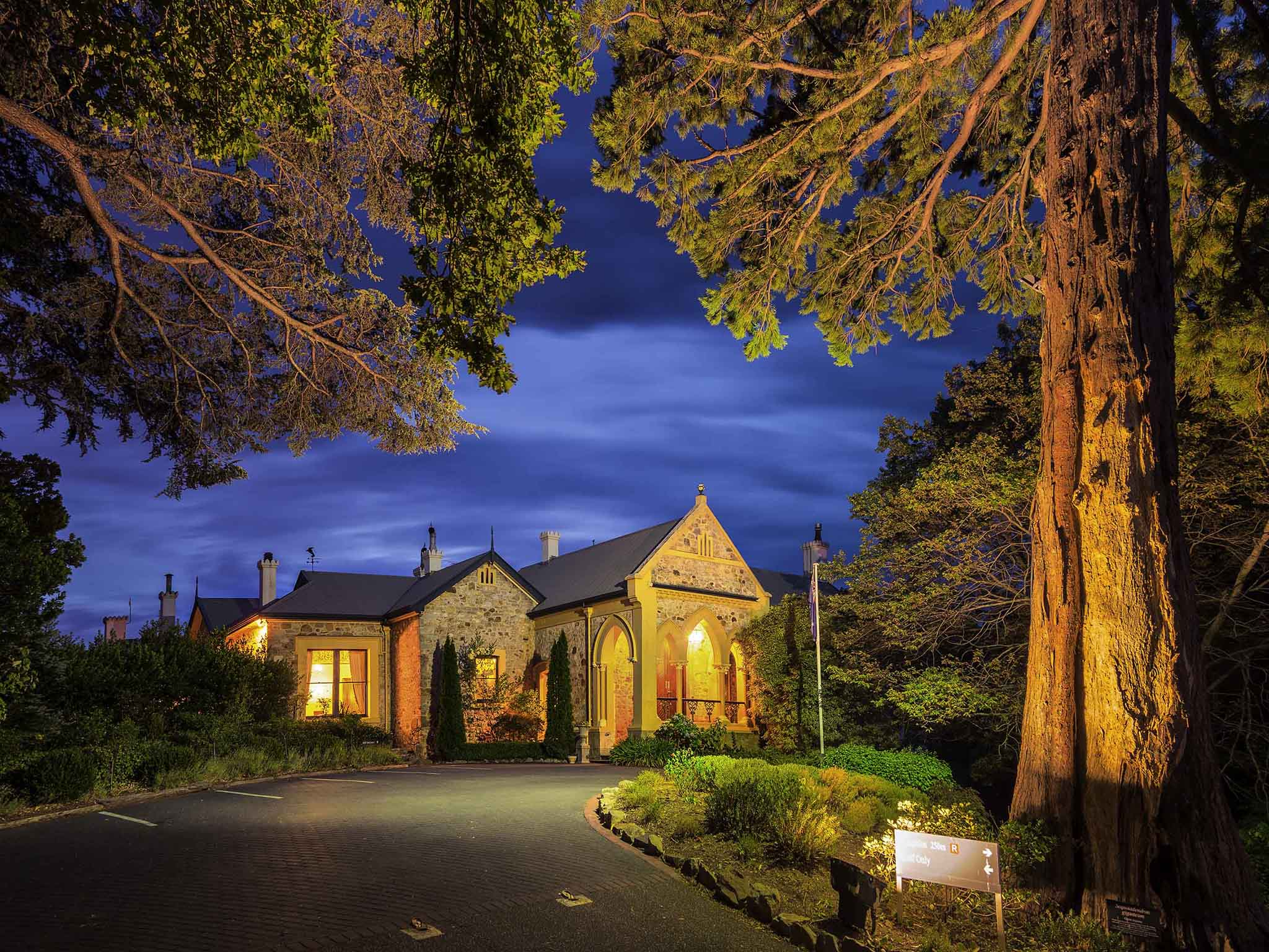 Hotel – Mount Lofty House - MGallery by Sofitel