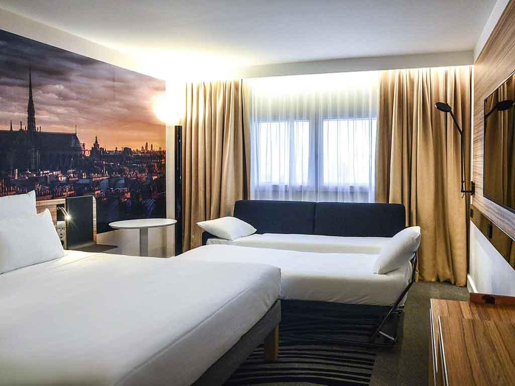 Hotel a parigi novotel paris 14 porte d 39 orl ans - Arrondissement porte d orleans ...