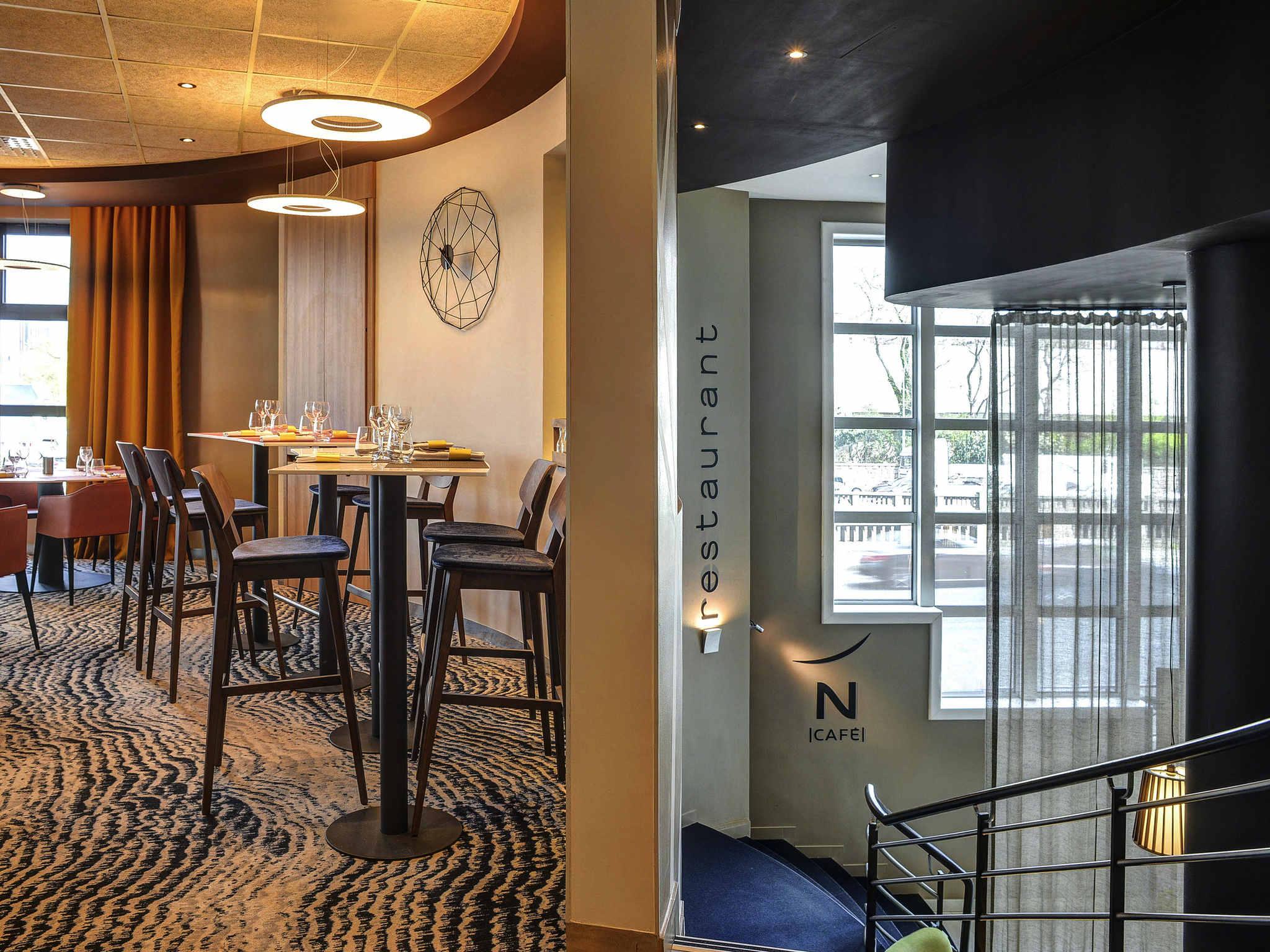 Hotel di novotel paris 14 porte d 39 orl ans novotel paris for Hotel porte orleans