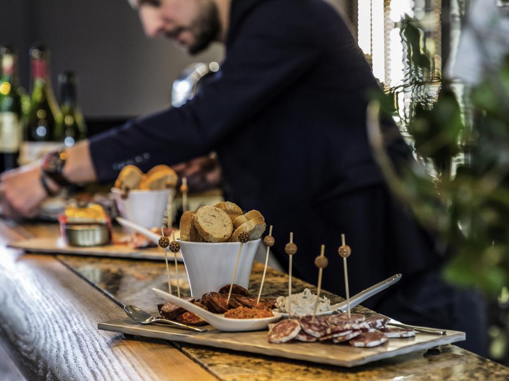 Les Petits Plats Du Bourbon Bourges les petits plats du bourbon bourges - restaurantsaccor