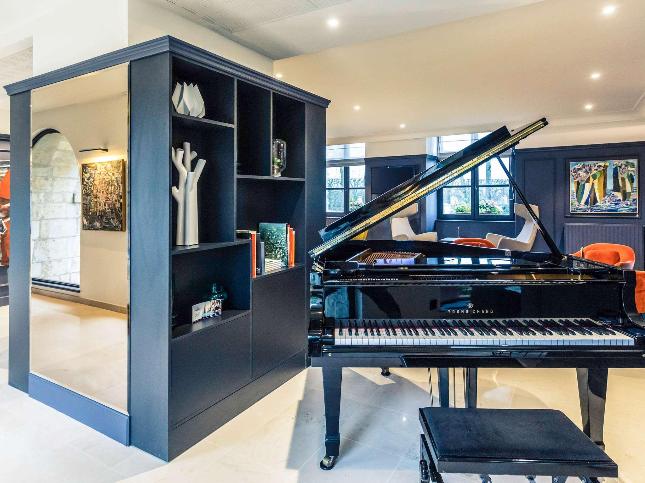 Les Petits Plats Du Bourbon Bourges hotel in bourges - hôtel de bourbon mercure bourges hotel