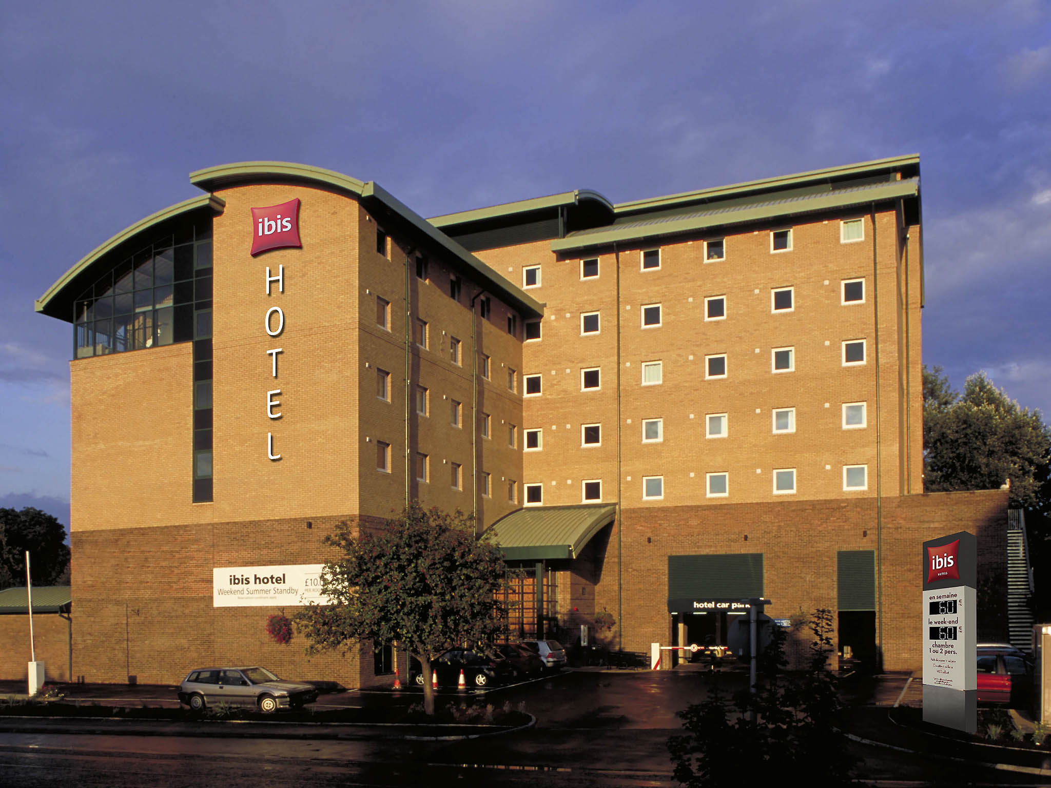 Hotell – ibis London Gatwick Airport