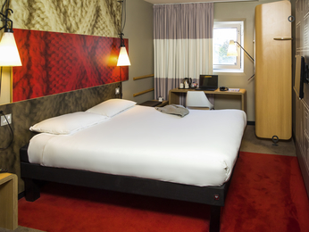 Rooms - ibis London Gatwick Airport