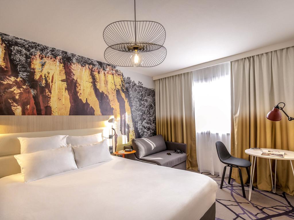 Hotel in cavaillon   hotel mercure cavaillon