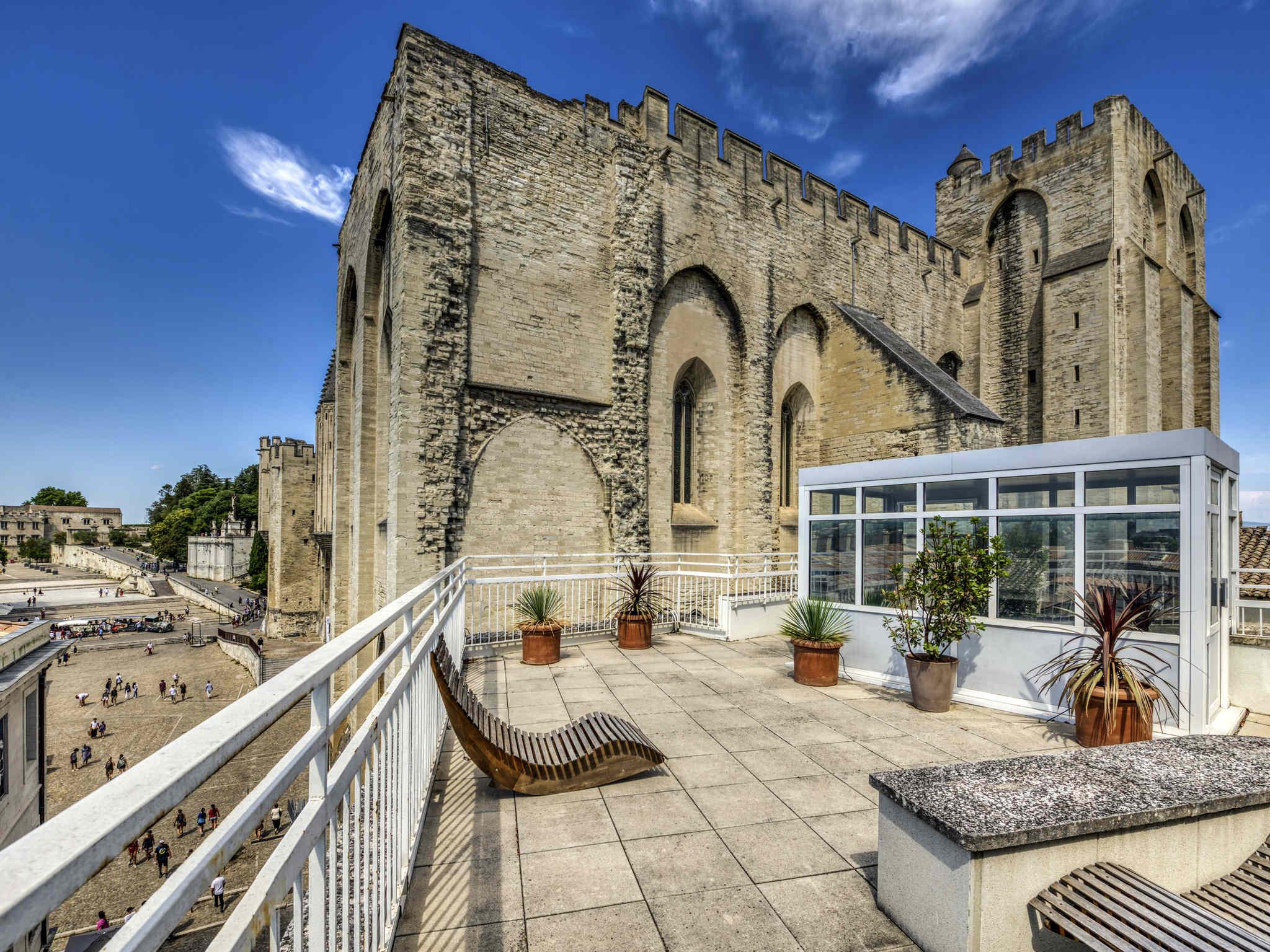 酒店 – 阿维尼翁中心教皇之城美居酒店