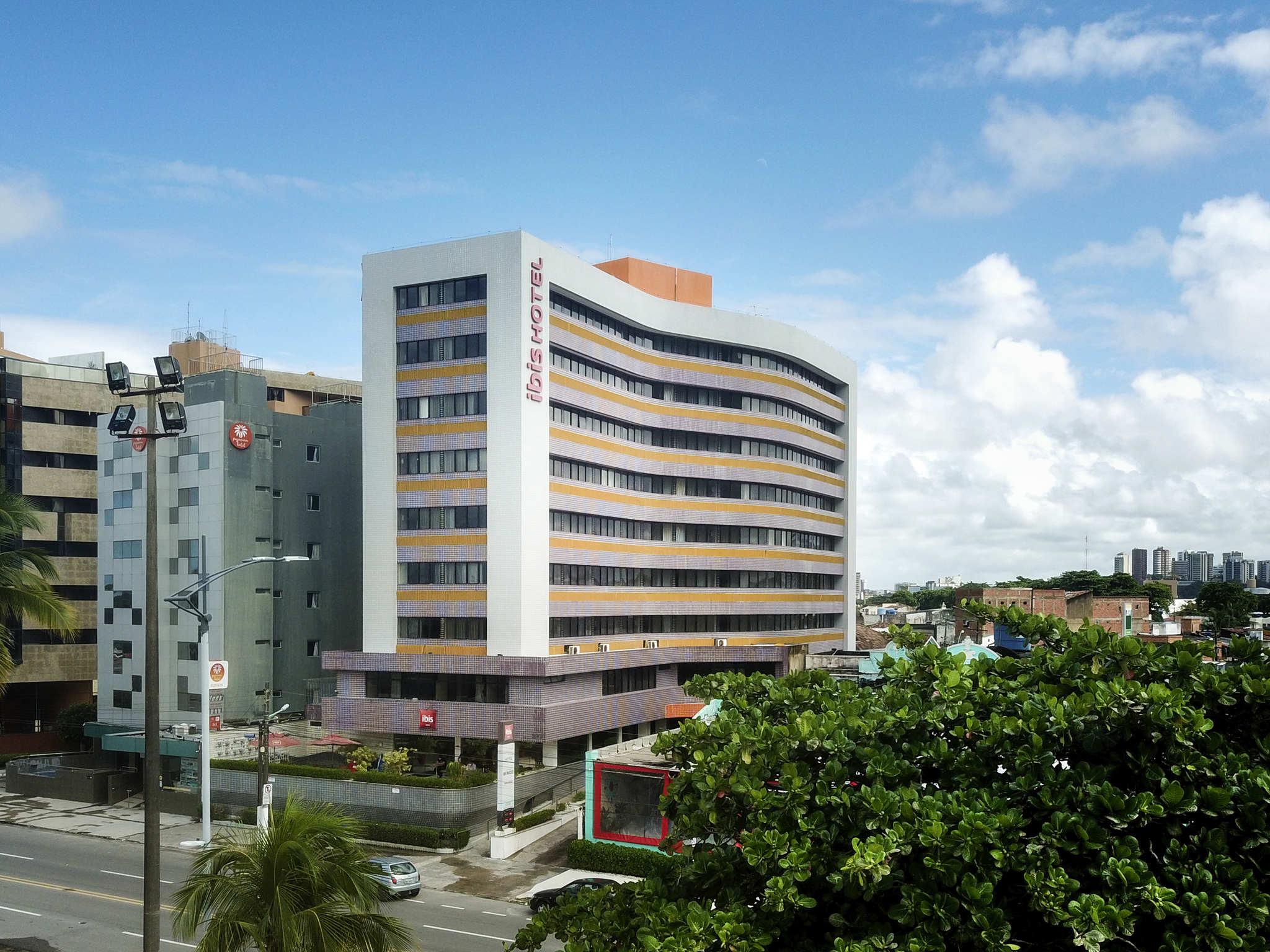 Отель — ibis Maceio Pajucara