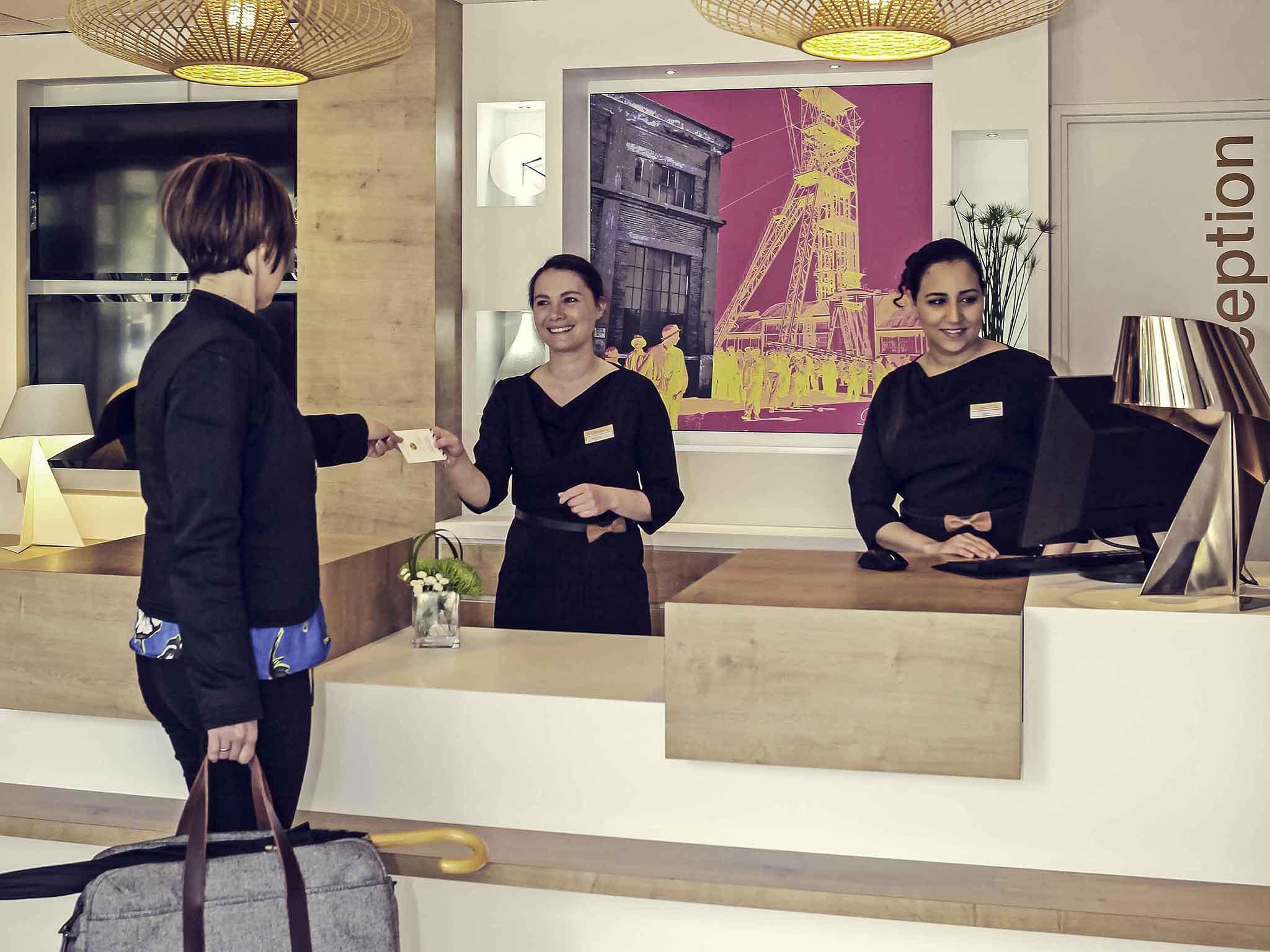 โรงแรม – Hôtel Mercure Forbach