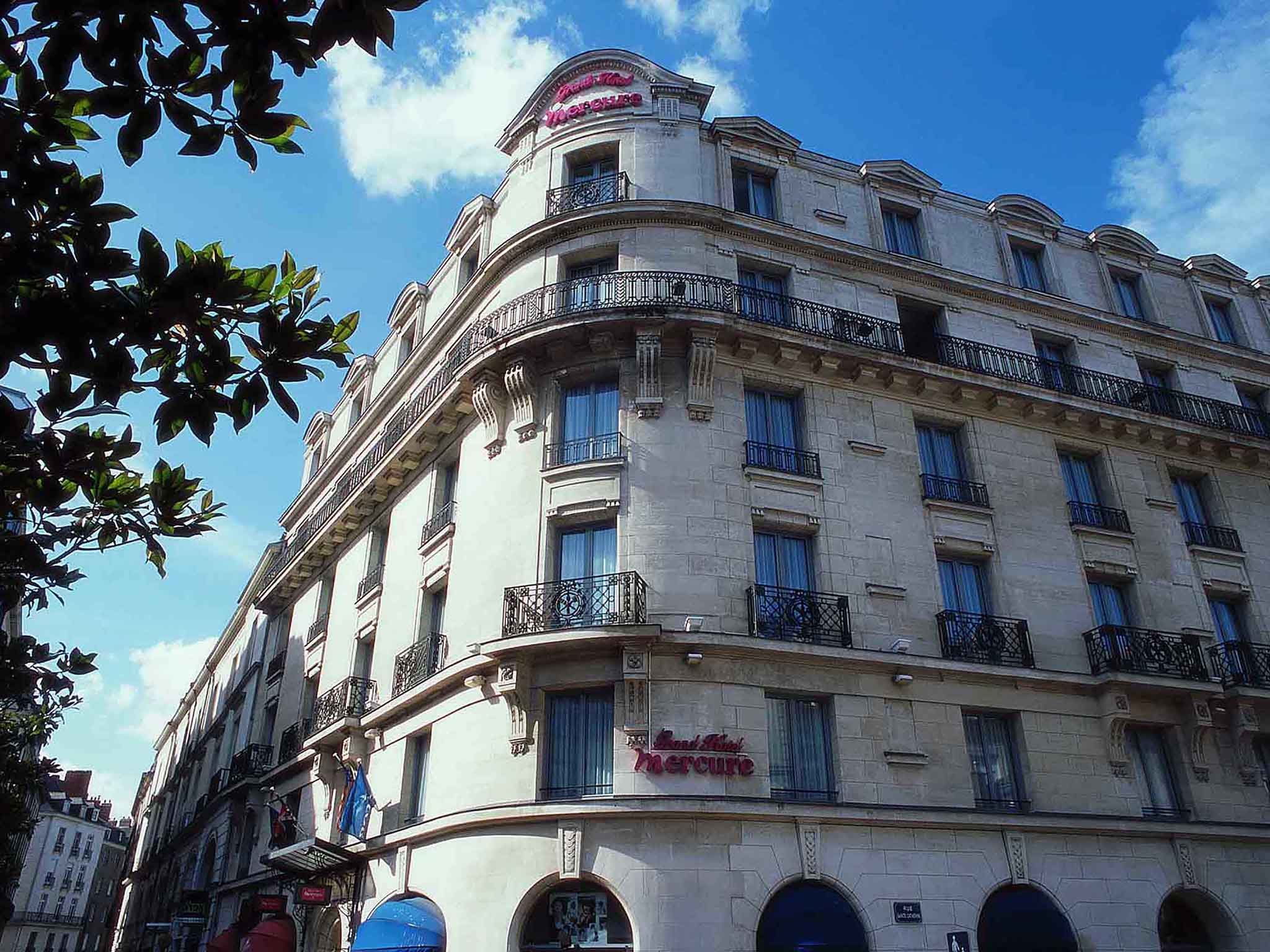 Hotel in nantes mercure nantes centre grand htel hotel mercure nantes centre grand htel solutioingenieria