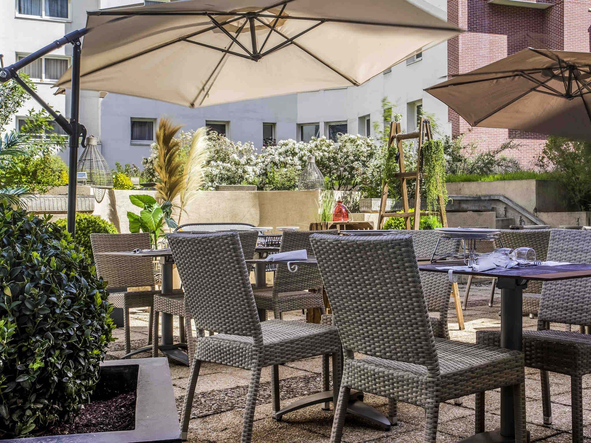 호텔 – ibis Styles Évry Cathédrale