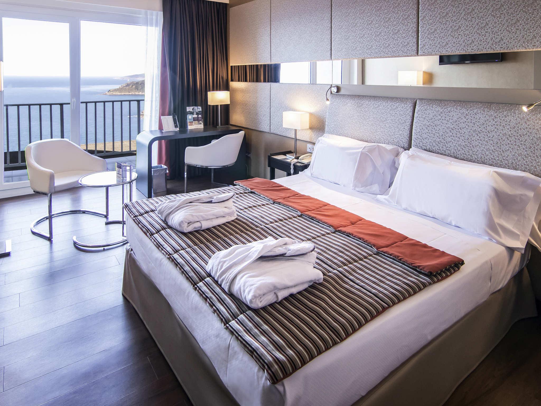 Hotel in san sebastian mercure san sebastian monte igueldo - Hotel iturregi san sebastian ...