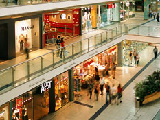 Step outside and find morethan 340 shops and services