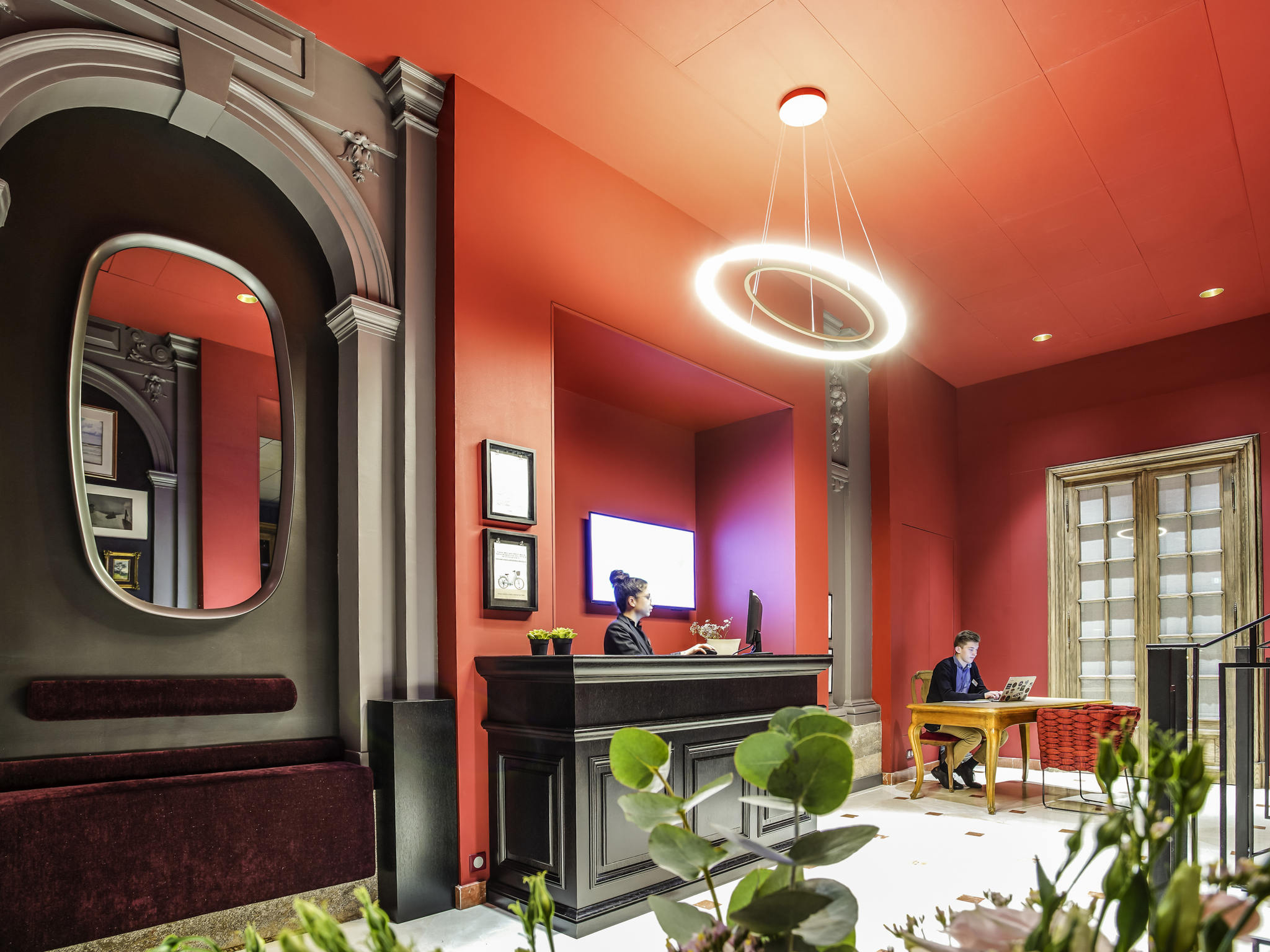 Interiors rennes clment guillaume hotel mercure rennes for Hotel design rennes