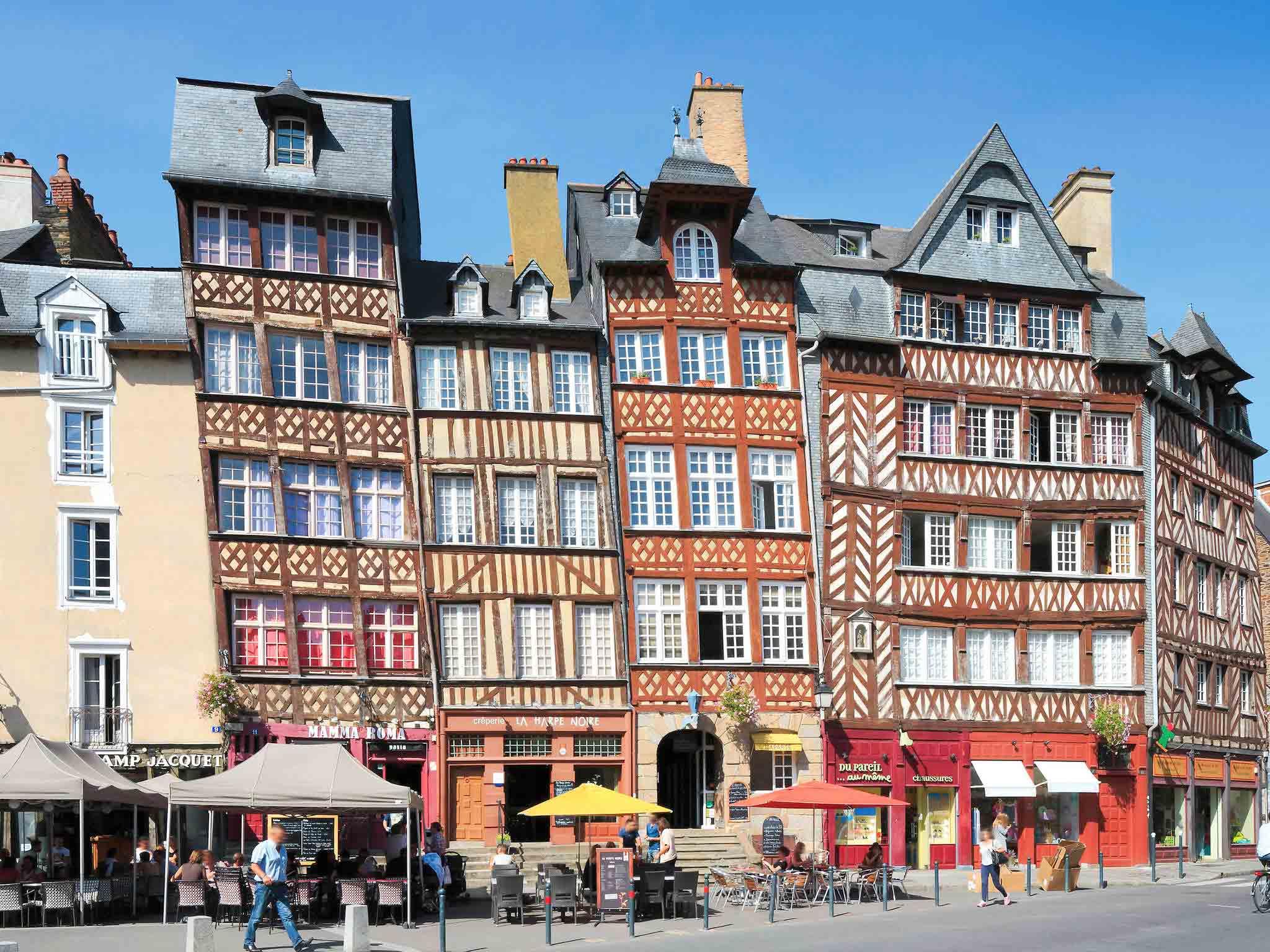 Hotel in RENNES - Mercure Rennes Place Bretagne Hotel