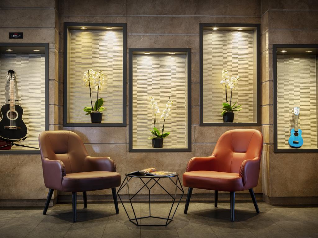 ibis budget porte de bercy book your hotel with viamichelin