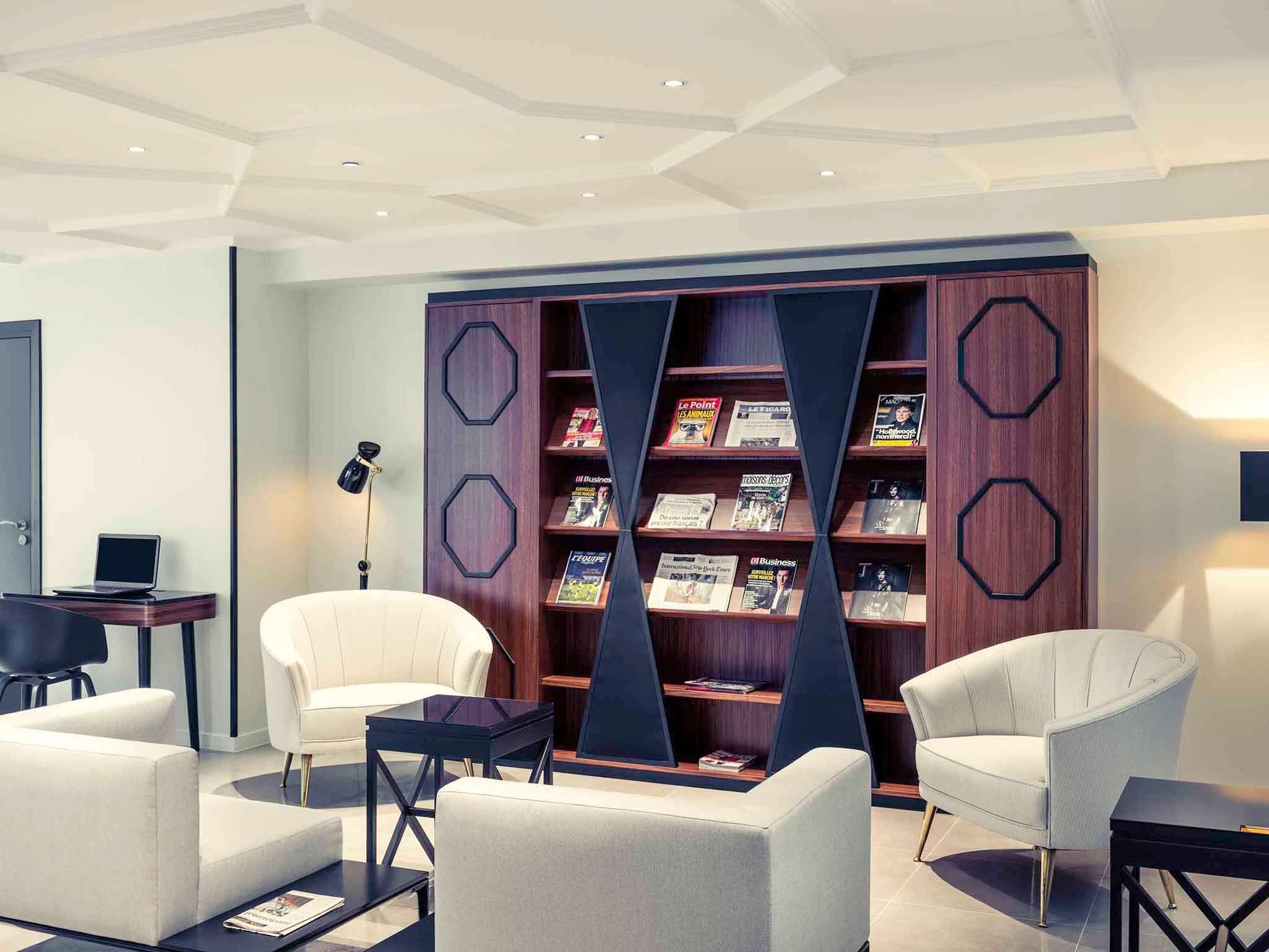 โรงแรม – โรงแรมเมอร์เคียว ปารีส อาร์ค เดอ ทริยงฟ์ วากราม